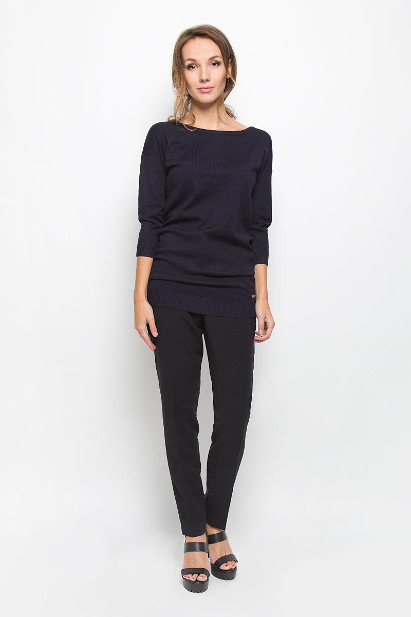 Брюки женские Baon, цвет: черный. B296511. Размер L (48)B296511Стильные женские брюки Baon - это изделие высочайшего качества, которое превосходно сидит и подчеркнет все достоинства вашей фигуры. Классические брюки стандартной посадки выполнены из эластичного полиэстера с добавлением вискозы, что обеспечивает комфорт и удобство при носке. Брюки застегиваются на пуговицу и крючок в поясе и ширинку на застежке-молнии. На поясе имеются шлевки для ремня. Брюки дополнены двумя втачными карманами спереди и имитацией втачных карманов сзади.Эти модные и в то же время комфортные брюки послужат отличным дополнением к вашему гардеробу и помогут создать неповторимый современный образ.