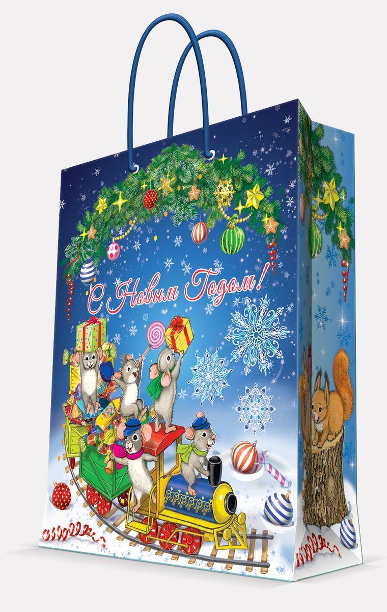 Пакет подарочный Magic Time Новогодний паровозик и мышата, 17,8 х 22,9 х 9,8 см41978Подарочный пакет Magic Time Новогодний паровозик и мышата, изготовленный из плотной бумаги, станет незаменимым дополнением к выбранному подарку. Пакет выполнен с глянцевой ламинацией, что придает ему прочность, а изображению - яркость и насыщенность цветов. Для удобной переноски на пакете имеются две ручки из шнурков.Подарок, преподнесенный в оригинальной упаковке, всегда будет самым эффектным и запоминающимся. Окружите близких людей вниманием и заботой, вручив презент в нарядном, праздничном оформлении.Плотность бумаги: 140 г/м2.