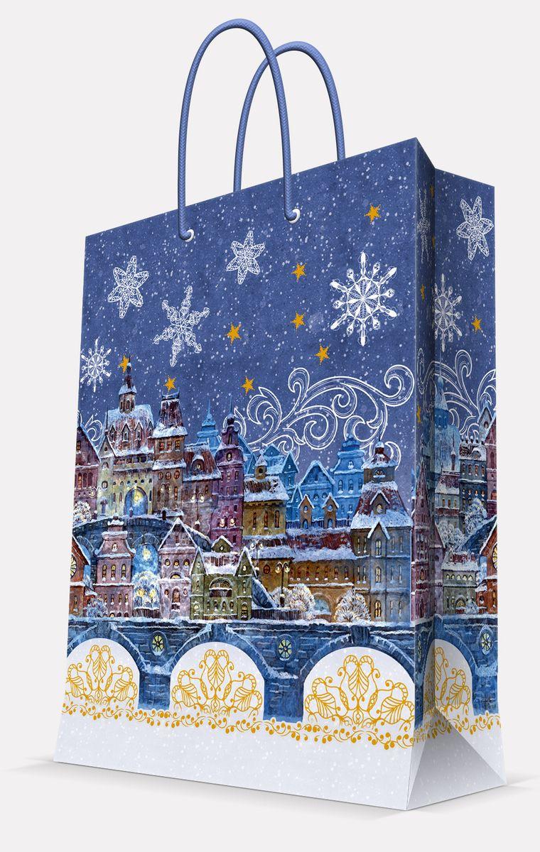 Пакет подарочный Magic Time Сказочный город, 26 х 32,4 х 12,7 см42008Подарочный пакет Magic Time Сказочный город, изготовленный из плотной бумаги, станет незаменимым дополнением к выбранному подарку. Пакет выполнен с глянцевой ламинацией, что придает ему прочность, а изображению - яркость и насыщенность цветов. Для удобной переноски на пакете имеются две ручки из шнурков.Подарок, преподнесенный в оригинальной упаковке, всегда будет самым эффектным и запоминающимся. Окружите близких людей вниманием и заботой, вручив презент в нарядном, праздничном оформлении.Плотность бумаги: 140 г/м2.