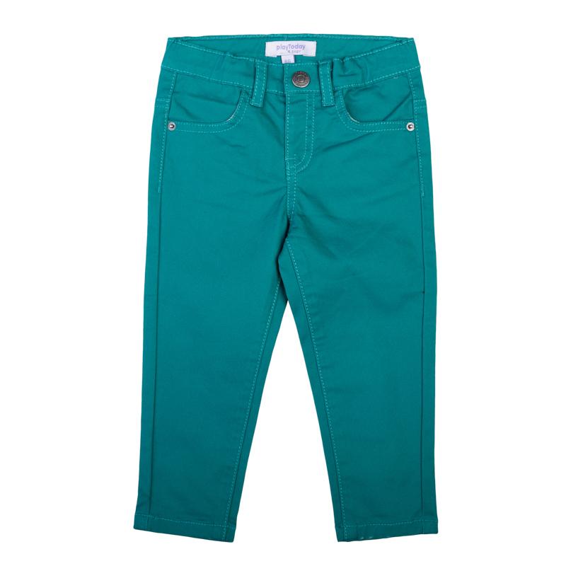 Брюки для мальчика PlayToday Baby, цвет: темно-бирюзовый. 367010. Размер 74367010Стильные брюки для мальчика выполнены из комфортного материала. Модель зауженного кроя застегивается на молнию и кнопку, имеются шлевки для ремня. Изделие дополнено четырьмя функциональными карманами: двумя втачными спереди и двумя накладными сзади. Яркий цвет модели позволяет создавать стильные образы.