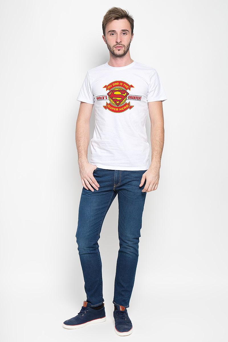 Футболка мужская RHS Superman, цвет: белый. 44696. Размер XL (52)44696Оригинальная мужская футболка RHS Superman, выполненная из высококачественного хлопка, обладает высокой теплопроводностью, воздухопроницаемостью и гигроскопичностью, позволяет коже дышать. Модель с короткими рукавами и круглым вырезом горловины, оформлена крупным принтом спереди на тематику известного комикса Superman. Горловина дополнена эластичной трикотажной резинкой.Идеальный вариант для тех, кто ценит комфорт и качество.
