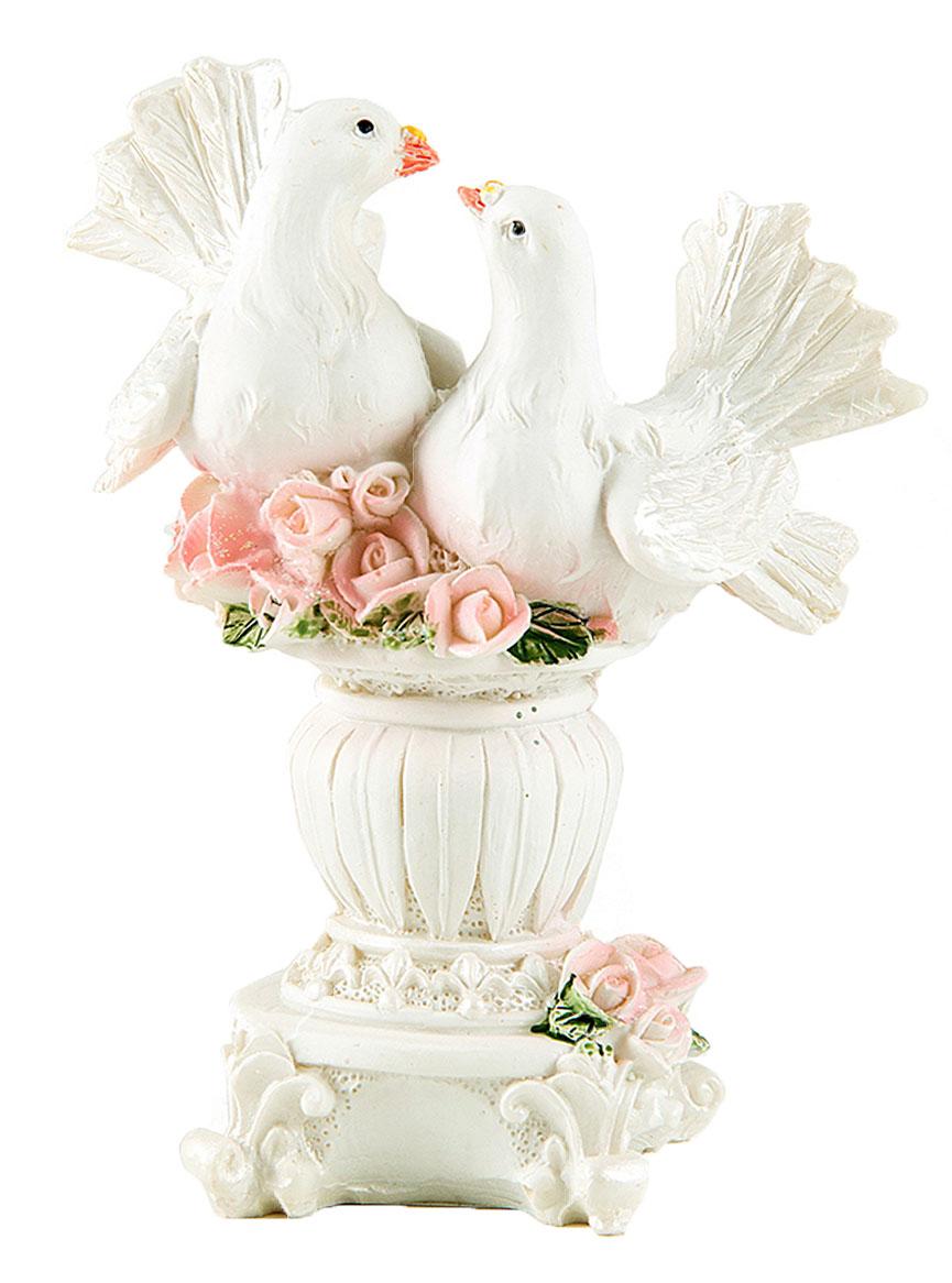 Фигурка декоративная Win Max Свадебные голуби, 10 х 7 х 12 см127843Декоративная фигурка Win Max Свадебные голуби изготовлена из полистоуна. Изделие представляет собой фигурку двух голубей. Такая фигурка идеально впишется в свадебный интерьер в качестве украшения и будет радовать вас своим видом в самый важный день в вашей жизни.