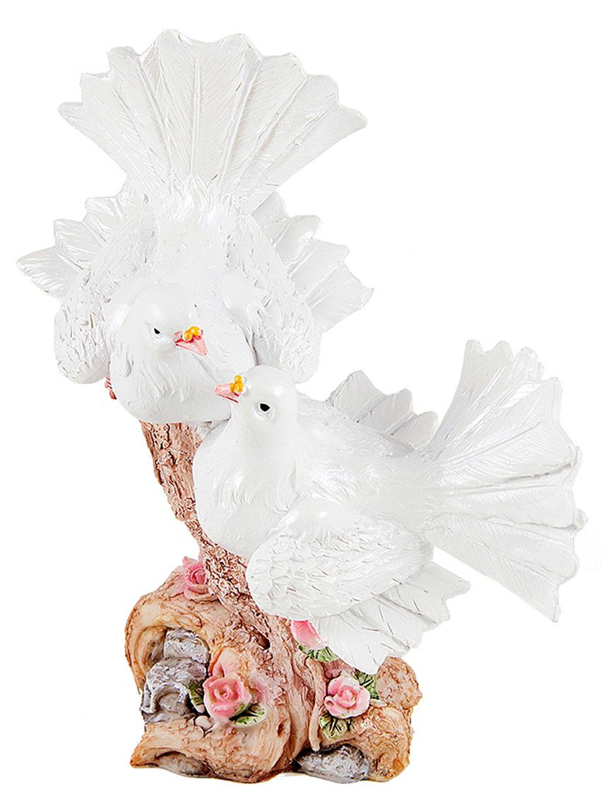Фигурка декоративная Win Max Свадебные голуби, 18 х 11 х 22 см127846Декоративная фигурка Win Max Свадебные голуби изготовлена из полистоуна. Изделие представляет собой фигурку двух голубей. Такая фигурка идеально впишется в свадебный интерьер в качестве украшения и будет радовать вас своим видом в самый важный день в вашей жизни.