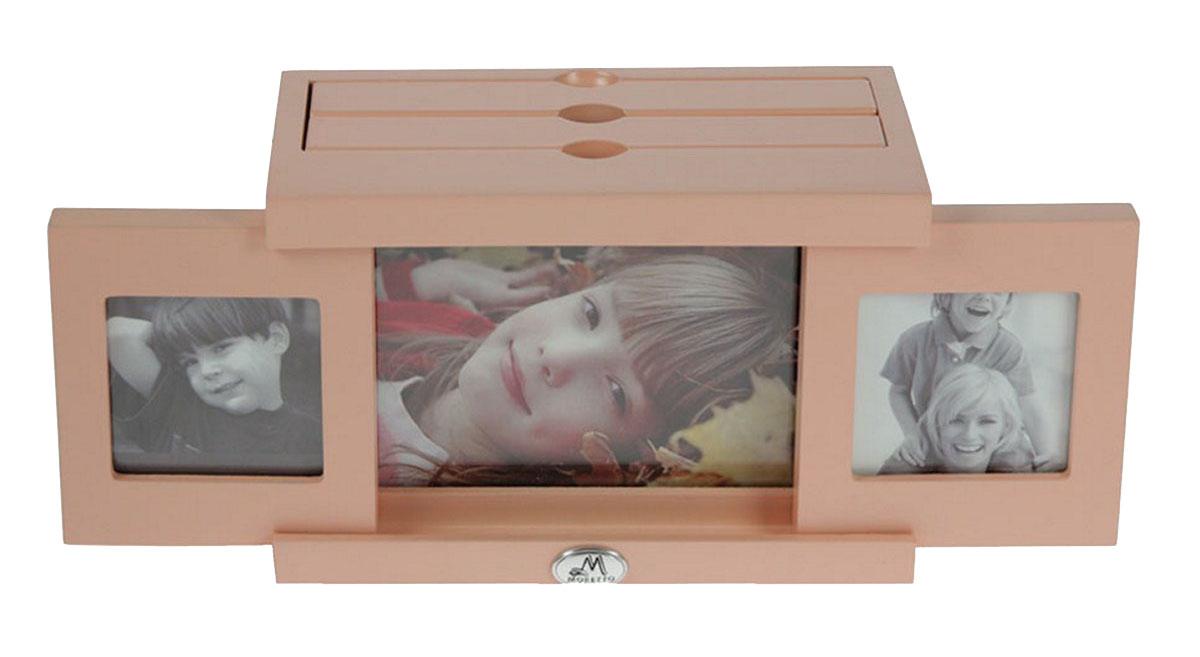 Архивный фотоальбом Moretto, на 48 фото, 10 x 15 см. 138007138007Оригинальный архивный фотоальбом Moretto, рассчитанный на 48 фотографий, выполнен в виде деревянного бокса. Бокс содержит 2 альбома, каждый из которых рассчитан на 24 фотографии форматом 10 х 15 см, а также имеет три отделения для дополнительных фотографий.Такой архивный альбом станет достойным украшением вашего интерьера и будет уникальным подарком вашим друзьям.