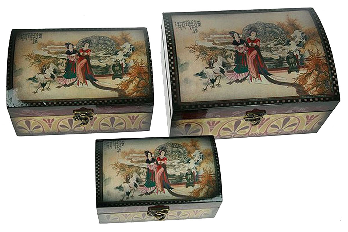 Набор сундучков Roura Decoracion, 3 шт. 3468934689Набор сундучков Roura Decoracion станет полезным и особо желанным подарком для женщин, так как в них можно хранить что угодно, будь то инструменты для рукоделия, украшения или просто маленькие женские секреты.. Набор состоит из трех предметов.Правила ухода: регулярно удалять пыль сухой, мягкой тканью.