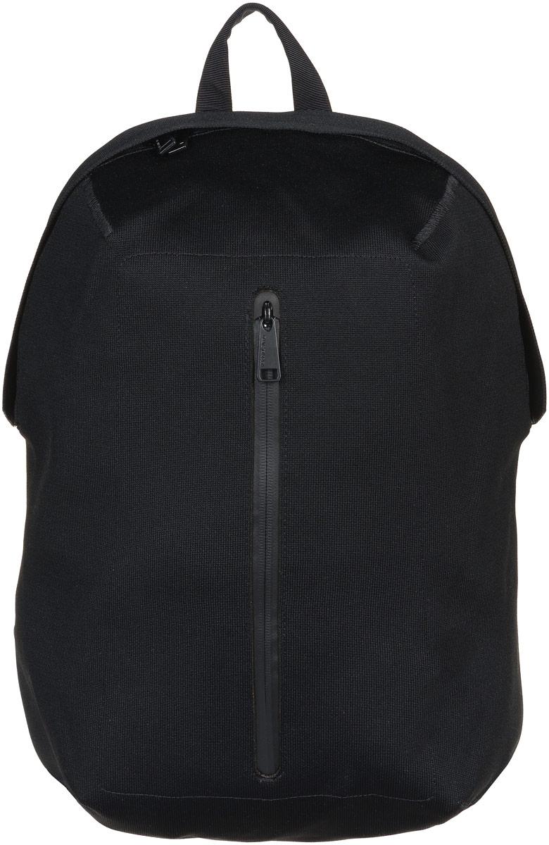 Рюкзак городской Herschel Dayton, цвет: черный, 19 л. 10275-01195-OS10275-01195-OSСтильный городской рюкзак Herschel Dayton выполнен из высококачественного полиэстера с практически бесшовной технологией Apexknit. Изделие имеет одно основное отделение, которое закрывается на застежку-молнию. Внутри расположены мягкий карман для ноутбука диагональю 15, накладной открытый карман и три сетчатых накладных кармана. Снаружи, на передней стенке находится прорезной карман с водонепроницаемой застежкой-молнией.Рюкзак оснащен широкими регулирующими лямками с набивкой из поролона двойной плотности и удобной ручкой для переноски в руках. Уплотненная спинка с ячеечной набивкой обеспечивает комфорт во время носки. Стильный рюкзак идеально подойдет для повседневного использования.