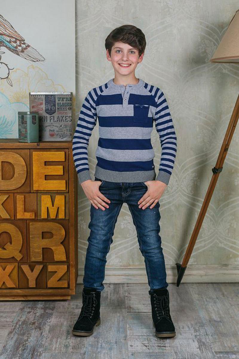 Джемпер для мальчика Luminoso, цвет: серый. 206702. Размер 140206702Джемпер для мальчика Luminoso выполнен из натурального хлопка. Модель с круглым вырезом горловины и длинными рукавами на груди дополнена кармашком.