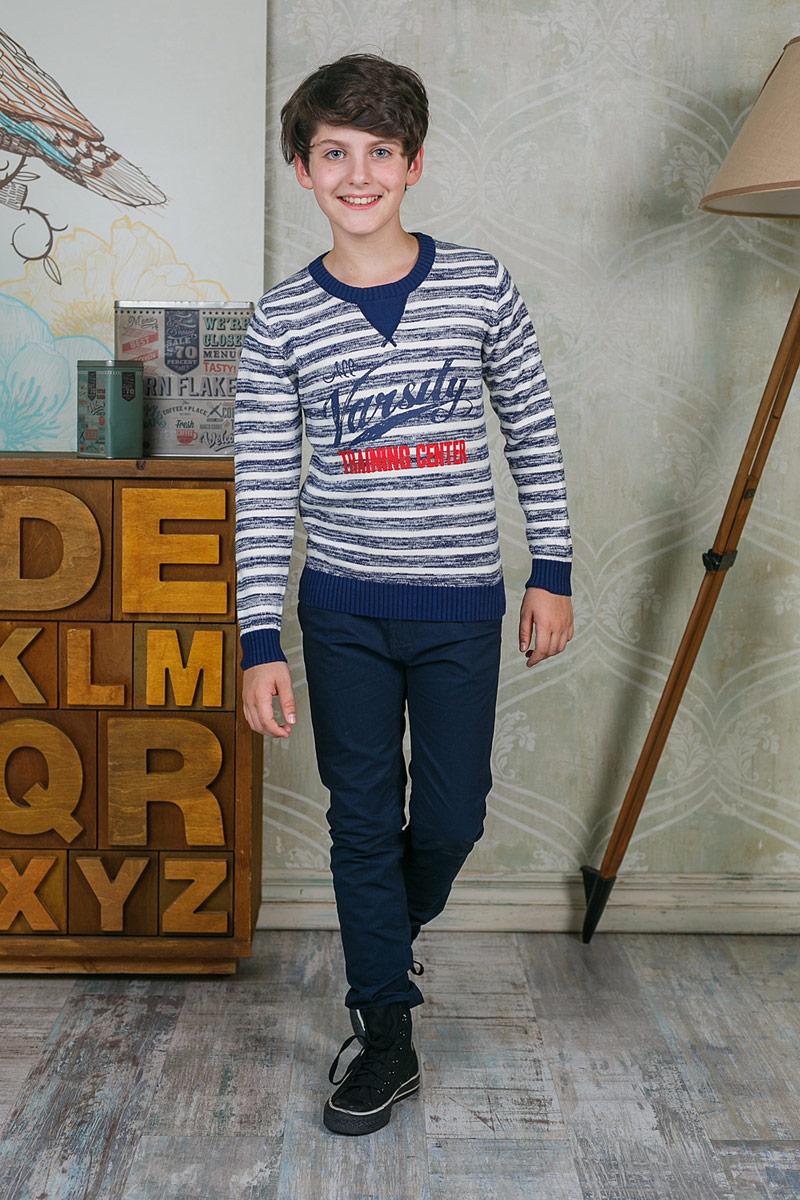 Джемпер для мальчика Luminoso, цвет: темно-синий. 206748. Размер 134206748Джемпер для мальчика Luminoso выполнен из натурального хлопка. Модель с круглым вырезом горловины и длинными рукавами.