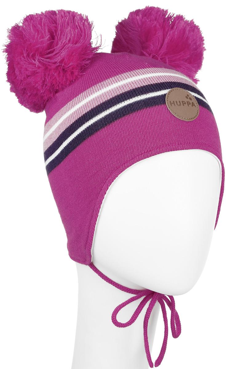 Шапка для девочки Huppa Minny, цвет: фуксия. 80350000-60063. Размер 43/4580350000-60063Вязанная шапка для девочки Huppa Minny станет отличным дополнением к детскому гардеробу. Верх изделия изготовлен из акрила с добавлением шерсти, а подкладка из качественного хлопка, что обеспечивает тепло и комфорт. Благодаря эластичной вязке, шапка идеально прилегает к голове ребенка.Шапка оформлена контрастными полосками и на макушке декорирована двумя пушистыми помпонами. Изделие завязывается на шнурочки, тем самым обеспечивает тепло в холодную погоду и защищает детские ушки от холода. Дополнена шапочка нашивкой с названием бренда. Оригинальный дизайн и расцветка делают эту шапку стильным предметом детского гардероба. В ней ребенку будет тепло, уютно и комфортно. Уважаемые клиенты!Размер, доступный для заказа, является обхватом головы.