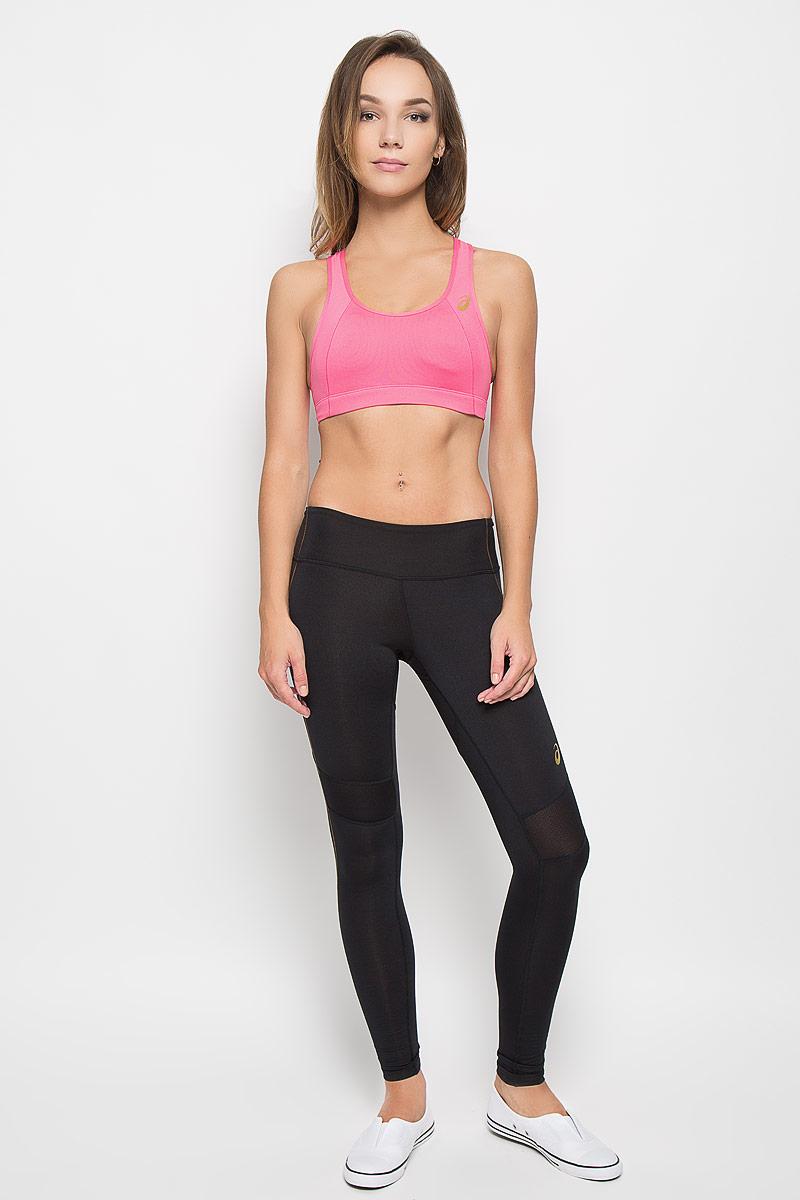 Топ-бра для фитнеса Asics Sports, цвет: розовый. 134456-0656. Размер S (42/44)134456-0656Удобный и практичный топ-бра для фитнеса Asics Sports, выполненный из высококачественного эластичного полиэстера, идеально подойдет для активного отдыха и занятий фитнесом, а также для повседневной носки. Модель на бретелях имеет широкий эластичный пояс, который обеспечивает бережную поддержку. Широкие несъемные бретельки надежно фиксируют топ на плечах и не регулируются по длине. Топ имеет поролоновые вставки, обеспечивающие дополнительную поддержку и защиту груди. Спинка изделия оформлена оригинальным вырезом. Такая модель подарит вам комфорт в течение дня и станет отличным дополнением к вашему спортивному гардеробу.
