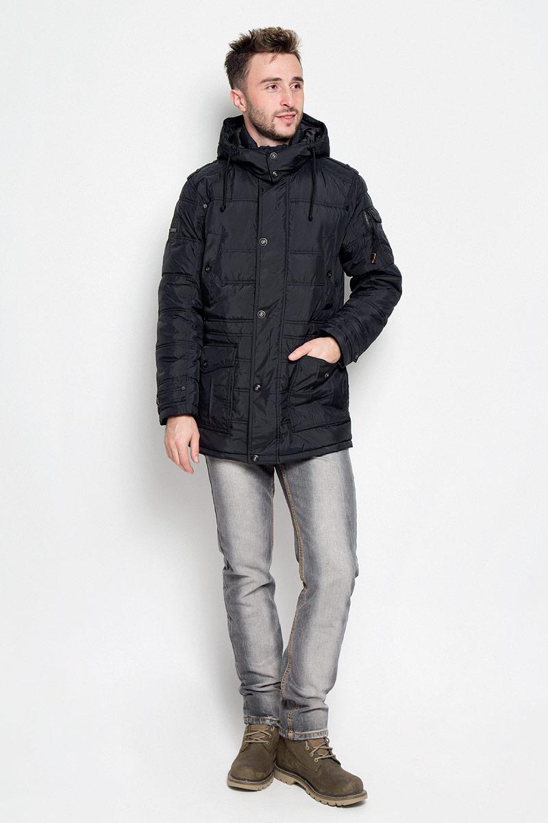 Куртка мужская Finn Flare, цвет: черный. A16-22037_200. Размер XXL (54)A16-22037_200Стильная мужская куртка Finn Flare превосходно подойдет для прохладных дней. Куртка выполнена из полиэстера, она отлично защищает от дождя, снега и ветра, а наполнитель из синтепона превосходно сохраняет тепло. Модель с длинными рукавами и воротником-стойкой застегивается на застежку-молнию спереди и имеет ветрозащитный клапан на кнопках и съемный капюшон на кнопках. Объем капюшона регулируется при помощи шнурка-кулиски. Изделие дополнено двумя накладными карманами с клапанами на кнопках и двумя втачными карманами на кнопках спереди, а также двумя потайными карманами на застежках-молниях и внутренним втачным карманом на пуговице. На рукаве расположен накладной карман с клапаном на кнопке и втачной карман на застежке-молнии. Рукава дополнены внутренними трикотажными манжетами. Объем талии регулируется при помощи внутреннего шнурка-кулиски.Эта модная и комфортная куртка согреет вас в холодное время года и отлично подойдет как для прогулок, так и для активного отдыха.