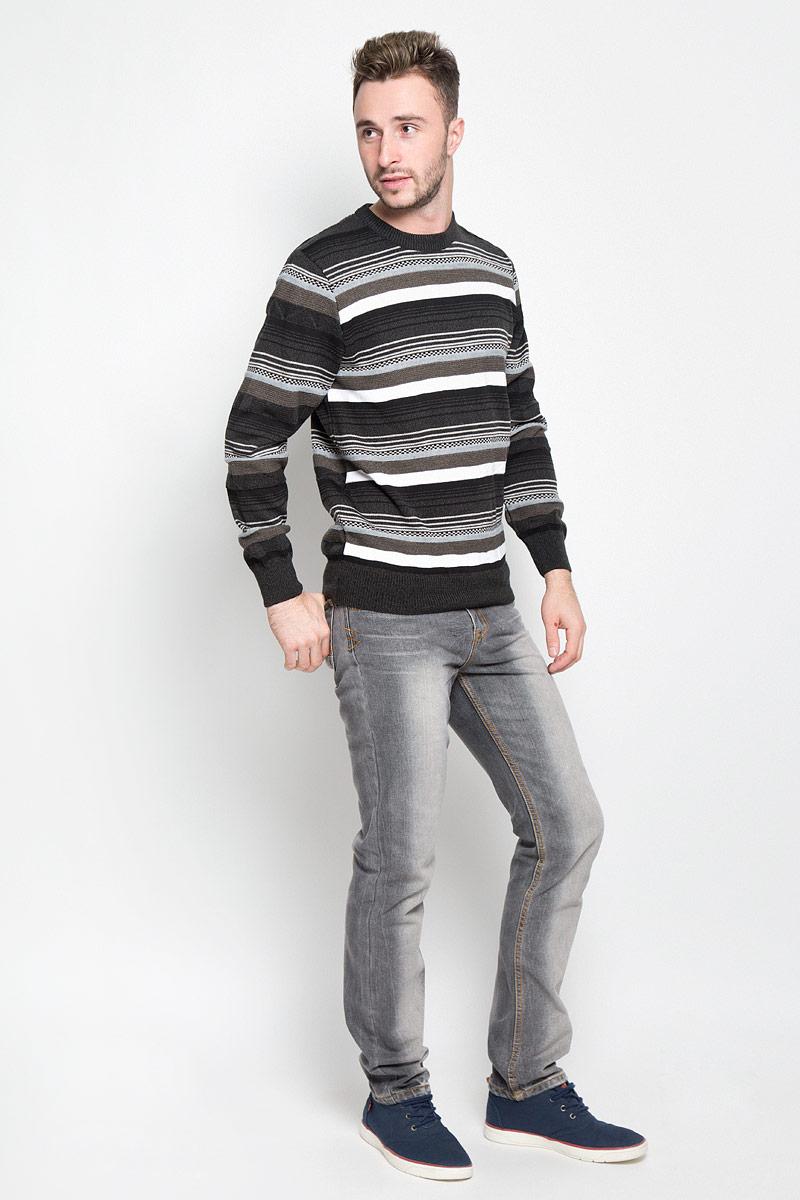 Джемпер мужской Milana Style, цвет: черный, серо-зеленый. 1244. Размер XXXL (54)1244Мужской джемпер Milana Style идеально дополнит ваш образ в прохладную погоду. Выполненный из шерсти и ПАН, он мягкий и приятный на ощупь, не сковывает движения. Джемпер с круглым вырезом горловины и длинными рукавами оформлен полосками. Низ изделия и манжеты связаны резинкой, что предотвращает деформацию при носке.Дизайн и расцветка делают этот джемпер стильным предметом мужской одежды. Такая модель подарит вам комфорт в течение всего дня!