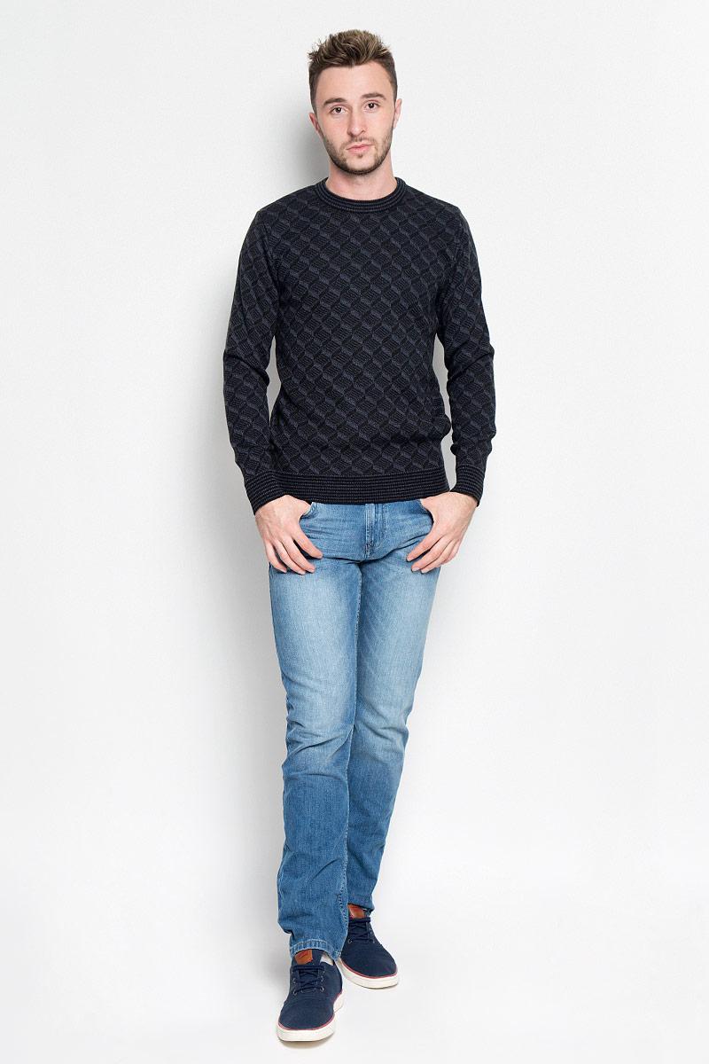 Джемпер мужской Milana Style, цвет: черный, серый. 1597. Размер M (46)1597Модный мужской джемпер Milana Style, изготовленный из шерсти и ПАН-волокна, мягкий и приятный на ощупь, не сковывает движения и обеспечивает комфорт. Модель с круглым вырезом горловины и длинными рукавами великолепно подойдет для создания современного образа в стиле Casual. Горловина, манжеты рукавов и низ джемпера связаны резинкой. Модель оформлена оригинальным вязаным узором. Этот джемпер послужит отличным дополнением к вашему гардеробу. В нем вы всегда будете чувствовать себя уютно и комфортно в прохладную погоду.