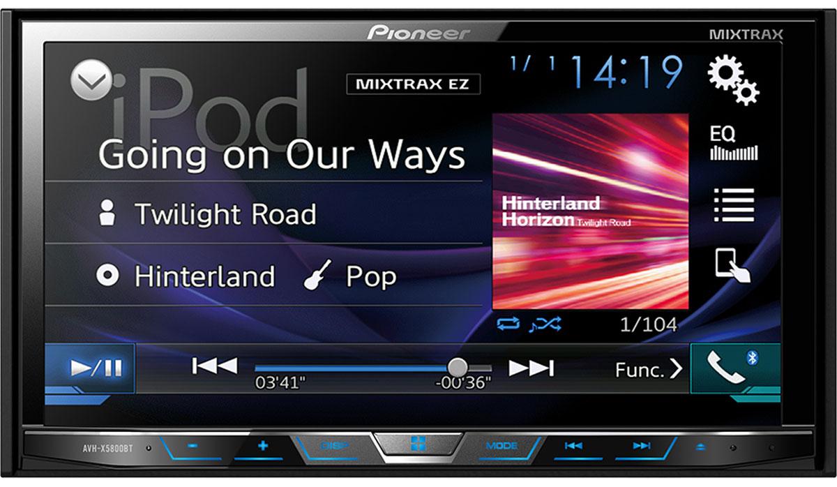Pioneer AVH-X5800BT мультимедийная станция1024283Получайте удовольствие от воспроизведения любимых фильмов и музыки на большом 7 сенсорном экране, к которому можно удобно и безопасно подключить совместимый iPhone или Android-телефон, с помощью одного USB-кабеля, и управлять совместимыми приложениями с экрана головного устройства автомобиля. AVH-X5800BT воспроизводит аудио/видео контент как с вашего смартфона, так и с CD, DVD и USB устройств.Также эта мультимедийная система позволяет одновременно подключить два устройства по Bluetooth для осуществления звонков hands-free и передачи музыки. Благодаря фирменной технологии восстановления звука Sound Retriever для Bluetooth, вы сможете прослушивать вашу любимую музыку в великолепном качестве. В модели предусмотрены многочисленные улучшайзеры звука , такие как 13-полосный графический эквалайзер, автоматический эквалайзер и автоматическая синхронизация звука (Time Alignment), которые дают возможность настроить звук так, как вам нравится. А фирменная технология MIXTRAX EZ позволяет воспроизводить музыкальные треки в режиме нон-стоп с различными диджейскими эффектами.