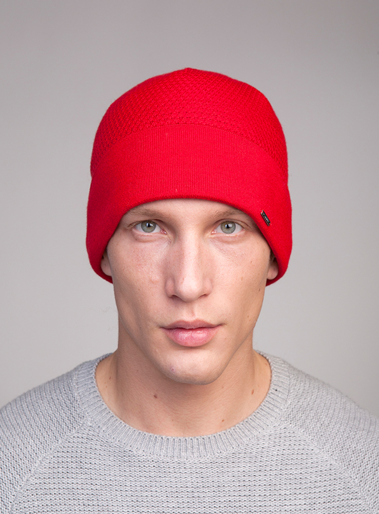 Шапка мужская Canoe Marsh, цвет: красный. 3448012. Размер 56/593448012Классическая шапка с отворотом из высококачественной тонкой шерсти с высоким содержанием мериносов, утеплённая непилингующимся флисом.