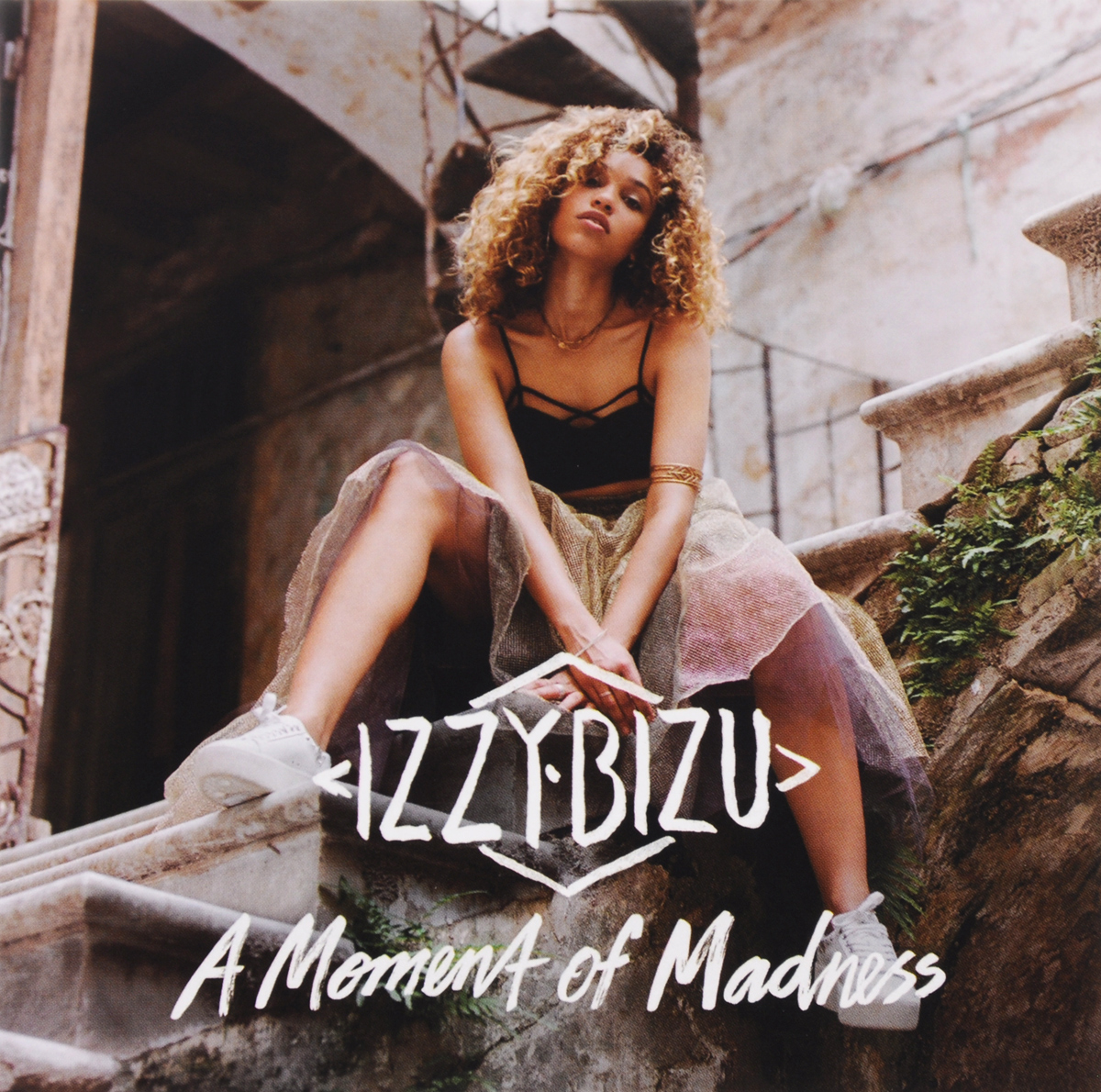 Izzy Bizu. A Moment Of Madness