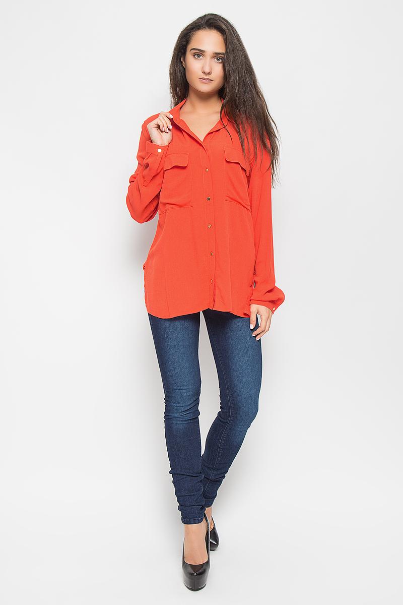 Рубашка женская Tom Tailor Contemporary, цвет: ярко-оранжевый. 2032621.00.75_3545. Размер 40 (46)2032621.00.75_3545Стильная женская рубашка Tom Tailor Contemporary, выполненная из натуральной вискозы, подчеркнет ваш уникальный стиль и поможет создать оригинальный образ. Такой материал великолепно пропускает воздух, обеспечивая необходимую вентиляцию, а также обладает высокой гигроскопичностью. Рубашка с длинными рукавами и отложным воротником застегивается на пуговицы спереди. Манжеты рукавов также застегиваются на пуговицы. Модель дополнена двумя нагрудными карманами с клапанами. Классическая рубашка - превосходный вариант для базового гардероба и отличное решение на каждый день.Такая рубашка будет дарить вам комфорт в течение всего дня и послужит замечательным дополнением к вашему гардеробу.