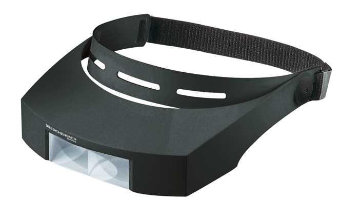 Лупа с креплением на голову laboCOMFORT, 74.5 х 28 мм, 1.7х (2.5 дптр). 164817152110Оптическая система, состоящая из линзы или нескольких линз, предназначенная для увеличения и наблюдения мелких предметов Увеличение: 1.7х.оптическая сила: 2.5.Подстветка: нет.Конструкция: налобная.Рекомендации по использованию: Используется во многих областях человеческой деятельности, в том числе в биологии, медицине, археологии, банковском и ювелирном деле, криминалистике, при ремонте часов и радиоэлектронной техники, а также в филателии, нумизматике и бонистике; при чтении мелкого шрифта дома, ценников, информации о продуктах, аннотации к лекарствам и прочее. Рекомендации по уходу: Когда лупа не используется, она должен быть накрыта чехлом. Протирайте корпус влажной тканью. Очищайте линзы мягкой, не оставляющей ворсинок тканью, например тканью для протирания очков. Не используйте никаких мыльных растворов, содержащих смягчители, спиртосодержащие растворители или абразивные чистящие средства. Это может повредить линзы.Материал: PXM (полимер). Возраст: 4+ (4-6 только под присмотром взрослых!). Диаметр: 74.5 х 28 мм.