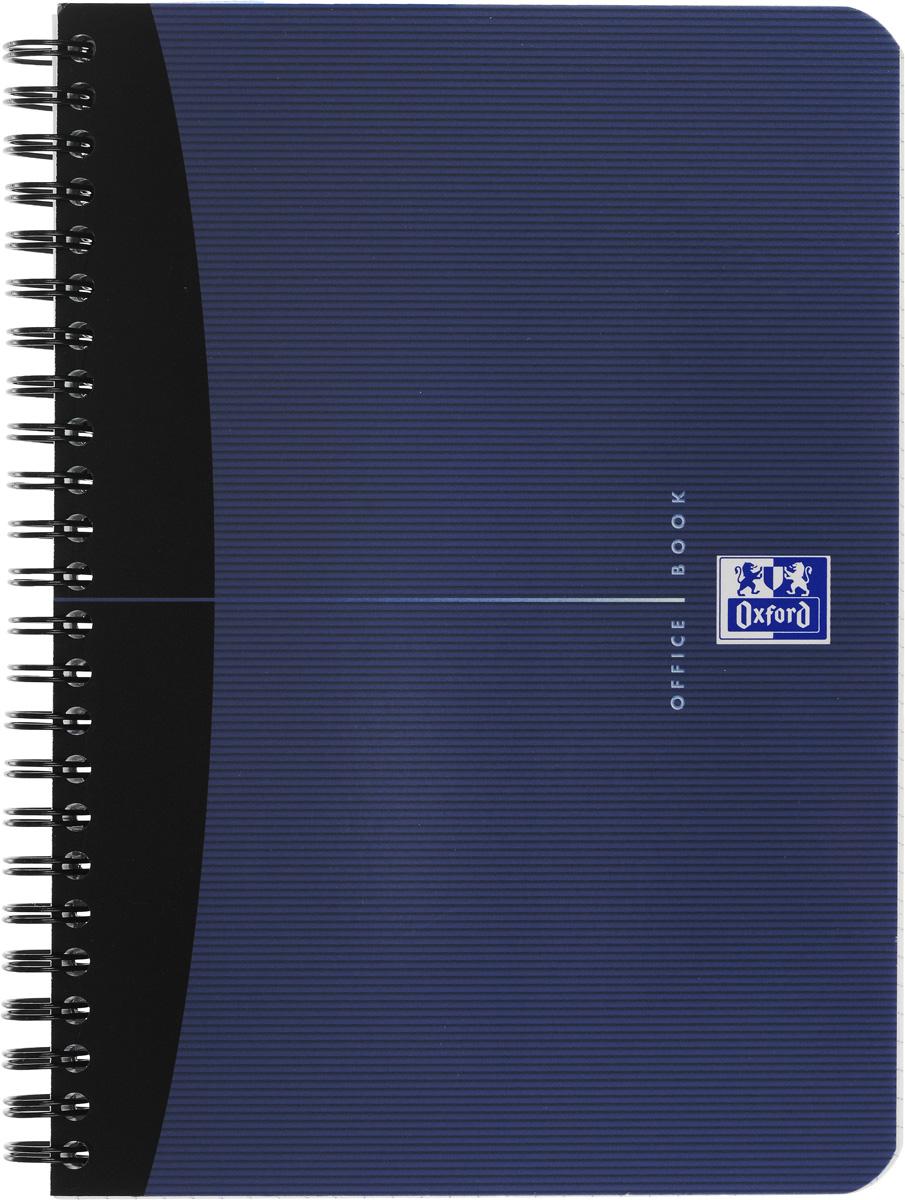 Oxford Тетрадь Essentials 90 листов в клетку цвет синий822566Красивая и практичная тетрадь Oxford Essentials отлично подойдет для школьников, студентов и офисных служащих.Обложка тетради выполнена из плотного, но гибкого ламинированного картона с закругленными краями. Тетрадь формата А5 состоит из 90 белых листов на двойном гребне с линовкой в клетку без полей. Практичное и надежное крепление на гребне позволяет отрывать листы и полностью открывать тетрадь на столе. Тетрадь дополнена съемной закладкой-линейкой из матового полупрозрачного пластика.Высококачественная бумага Optik Paper имеет шелковистую поверхность и высокую белизну, при письме чернила быстро впитываются и не размазываются, надпись не просвечивается с обратной стороны листа. Вне зависимости от профессии и рода деятельности у человека часто возникает потребность сделать какие-либо заметки. Именно поэтому всегда удобно иметь эту тетрадь под рукой, особенно если вы творческая личность и постоянно генерируете новые идеи.