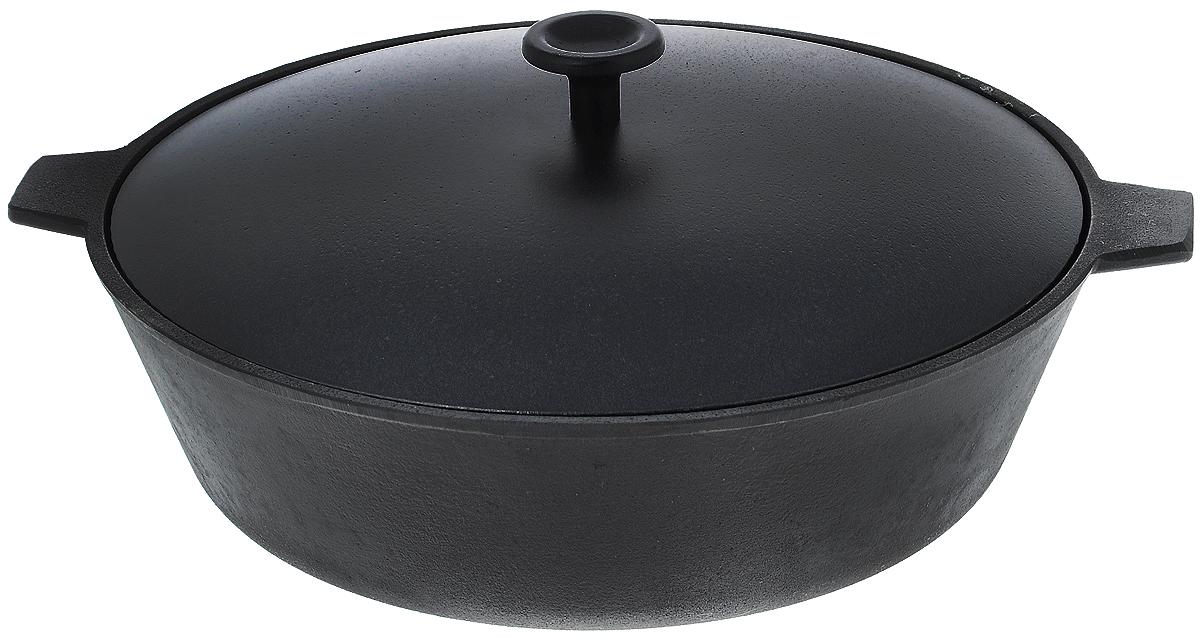 Сковорода чугунная Добрыня, с крышкой. Диаметр 28 см. DO-3323DO-3323Сковорода Добрыня, изготовленная из натурального экологически безопасного чугуна, оснащена двумя ручками и алюминиевой крышкой. Чугун является одним из лучших материалов для производства посуды. Его можно нагревать до высоких температур. Он очень практичный, не выделяет токсичных веществ, обладает высокой теплоемкостью и способен служить долгие годы. Такая сковорода замечательно подойдет для приготовления жаренных и тушеных блюд. Дно рельефное. Подходит для всех типов плит, включая индукционные. Не рекомендуется мыть в посудомоечной машине.Диаметр сковороды (по верхнему краю): 28 см.Ширина сковороды (с учетом ручек): 33,5 см.Диаметр индукционного диска: 19 см.Высота стенки: 8,5 см.