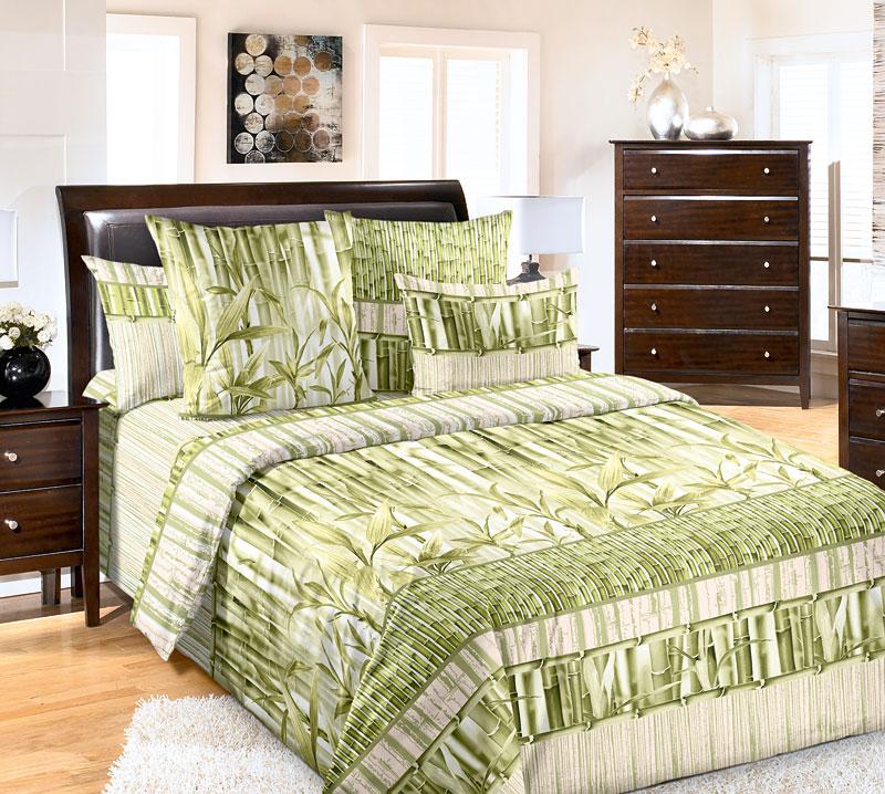 """Дизайн """"Бамбук"""" выполнен в современном ЭКО-стиле: мягкие зеленые оттенки,   природные мотивы и необычная композиция. Дух восточного бамбукового леса   наполнит ваш сон спокойствием и безмятежностью.Для производства постельного белья используются экологичные ткани   высочайшего качества.Бязь - хлопчатобумажная плотная ткань полотняного переплетения. Отличается   прочностью и стойкостью к многочисленным стиркам. Бязь считается одной из   наиболее подходящих тканей, для производства постельного белья и пользуется   в России большим спросом.    Советы по выбору постельного белья от блогера Ирины Соковых. Статья OZON Гид"""