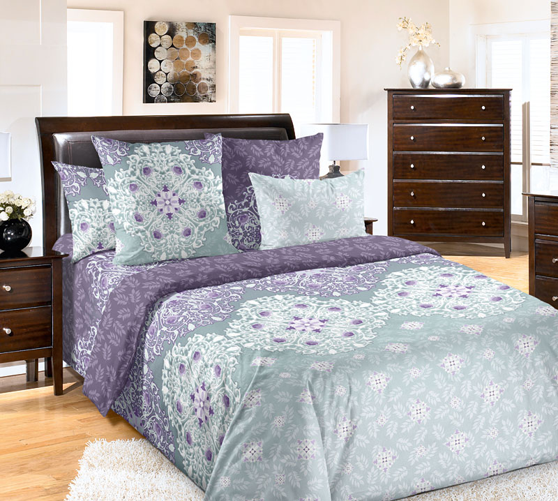 Комплект белья Текс-Дизайн Стайл 2, семейный, наволочки 70x706100БВеликолепное постельное белье Текс-Дизайн Стайл 2 из высококачественной бязи (100% хлопок) состоит из двух пододеяльников, простыни и двух наволочек. Бязь - хлопчатобумажная плотная ткань полотняного переплетения. Отличается прочностью и стойкостью к многочисленным стиркам. Бязь считается одной из наиболее подходящих тканей, для производства постельного белья и пользуется в России большим спросом.