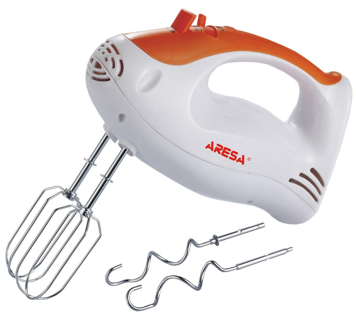 Aresa AR-1901 миксерAR-1901Aresa AR-1901 - практичный миксер для взбивания кремов и приготовления теста, что по достоинству сможет оценить любая хозяйка. Благодаря 5 скоростным режимам и функции турбо, вы можете получить именно тот результат, который вам необходим для приготовления. Модель также имеет кнопку для удобного извлечения насадок.