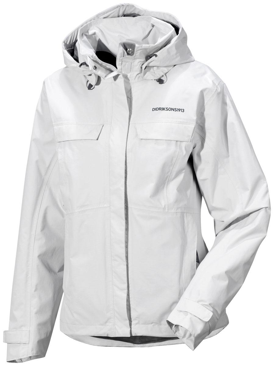 Куртка женская Didriksons1913 Albula, цвет: светло-серый. 500456_105. Размер 42 (50)500456_105Модная женская куртка Didriksons1913 Albula изготовлена из ветронепроницаемой дышащей ткани - высококачественного полиамида. Технология Storm System обеспечивает 100% водонепроницаемость и защиту от любых погодных условий. Подкладка выполнена из полиэстера и полиамида.Модель оформлена съемным капюшоном застегивается на пластиковую молнию и дополнительно на двойной ветрозащитный клапан на липучках. Капюшон регулируется с помощью эластичных шнурков со стопперами и дополнен небольшим укрепленным козырьком. Спереди изделие дополнено двумя втачными карманами на молнии и двумя прорезными карманами, закрывающимися на клапаны с кнопками,с внутренней стороны - одним прорезным на застежке молнии. Манжеты рукавов дополненыхлястиками налипучках, регулирующих ширину рукавов. Нижняя часть изделия с внутренней стороны регулируется за счет эластичного шнурка со стопперами.
