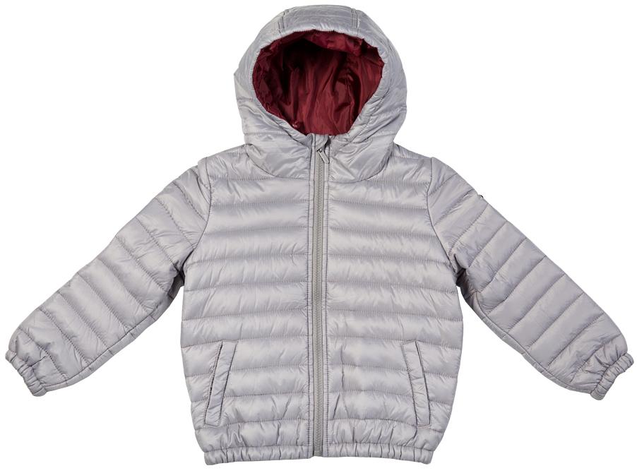 Куртка для мальчика Button Blue, цвет: светло-сиреневый. 216BBBC41010600. Размер 110, 5 лет216BBBC41010600Легкая стеганая куртка с капюшоном - залог хорошего настроения в холодный осенний день! Модель на синтепоне, дарит ребенку тепло, комфорт и свободу движений. Модная форма, динамичная горизонтальная стежка, контрастная подкладка обеспечивают куртке прекрасный внешний вид! Тонкий мешок-чехол для компактного хранения курки - приятное функциональное дополнение к основной покупке!