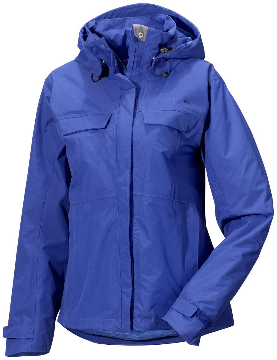 Куртка женская Didriksons1913 Albula, цвет: синий. 500456_474. Размер 42 (50)500456_474Модная женская куртка Didriksons1913 Albula изготовлена из ветронепроницаемой дышащей ткани - высококачественного полиамида. Технология Storm System обеспечивает 100% водонепроницаемость и защиту от любых погодных условий. Подкладка выполнена из полиэстера и полиамида.Модель оформлена съемным капюшоном застегивается на пластиковую молнию и дополнительно на двойной ветрозащитный клапан на липучках. Капюшон регулируется с помощью эластичных шнурков со стопперами и дополнен небольшим укрепленным козырьком. Спереди изделие дополнено двумя втачными карманами на молнии и двумя прорезными карманами, закрывающимися на клапаны с кнопками,с внутренней стороны - одним прорезным на застежке молнии. Манжеты рукавов дополненыхлястиками налипучках, регулирующих ширину рукавов. Нижняя часть изделия с внутренней стороны регулируется за счет эластичного шнурка со стопперами.