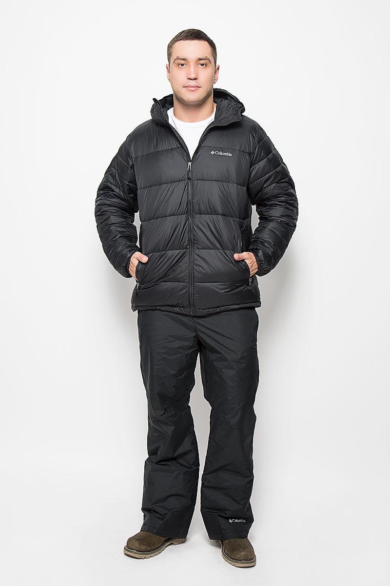 Куртка мужская Columbia Frost Fighter Hooded Jacket, цвет: черный. 1619821-010. Размер L (48/50)1619821-010Отличная мужская куртка Columbia Frost Fighter Hooded Jacket, выполненная из нейлона, незаменимая вещь в прохладную погоду. Изделие дополнено подкладкой из полиэстера и утеплителем из полиэстера. Модель с несъемным капюшоном и длинными рукавами застегивается на застежку-молнию с защитой для подбородка и внутренней ветрозащитной планкой. Низ рукавов и край капюшона обработаны эластичной бейкой. Низ изделия дополнен скрытым шнурком-кулиской. Спереди куртка оформлена двумя прорезными карманами на застежках-молниях. С внутренней стороны изделия расположено два больших накладных кармана. На груди модель дополнена вышитым логотипом бренда. Эта потрясающая куртка послужит отличным дополнением к вашему гардеробу!