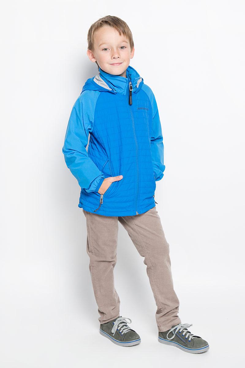 Куртка для мальчика Didriksons1913 Jay, цвет: голубой. 500737_332. Размер 130500737_332Куртка для мальчика Didriksons1913 Jay, изготовленная из высококачественного комбинированного материала, станет стильным дополнением к детскому гардеробу. Подкладка изделия выполнена из полиамида.Модель со съемным капюшоном, воротником-стойкой и длинными рукавами-реглан застегивается на пластиковую застежку-молнию с защитой для подбородка и дополнительно имеет внутреннюю ветрозащитную планку. Капюшон пристегивается к изделию за счет кнопок. Кай капюшона и низ рукавов обработаны эластичными бейками. Спереди расположено два прорезных кармана на застежке-молнии. Изделие спереди и сзади оформлено термоаппликацией в виде логотипа бренда.Красивый цвет, модный силуэт обеспечивают куртке прекрасный внешний вид!Такая удобная и практичная куртка идеально подойдет для прогулок на свежем воздухе!