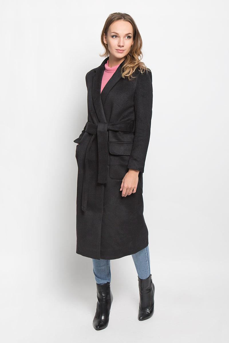 Пальто женское Glamorous, цвет: черный. CK3165. Размер S (44)CK3165_BLACKСтильное женское пальто Glamorous, выполненное из полиэстера, согреет вас в прохладную погоду и позволит выделиться из толпы. Изделие дополнено подкладкой из полиэстера. Модель с отложным воротником с лацканами на талии завязывается поясом. Спереди пальто оформлено двумя накладными карманами с клапанами. Такое стильное пальто станет прекрасным дополнением к вашему гардеробу, оно подарит вам комфорт и тепло.