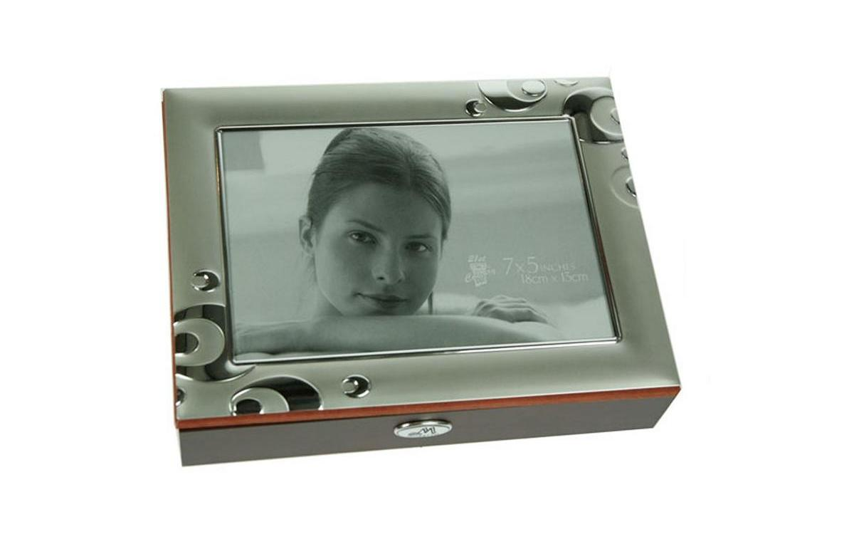 Шкатулка-фоторамка для ювелирных украшений Moretto, 22 х 17 х 5 см. 39856 шкатулка для мужчин moretto 24 см х 19 см х 8 см 139542