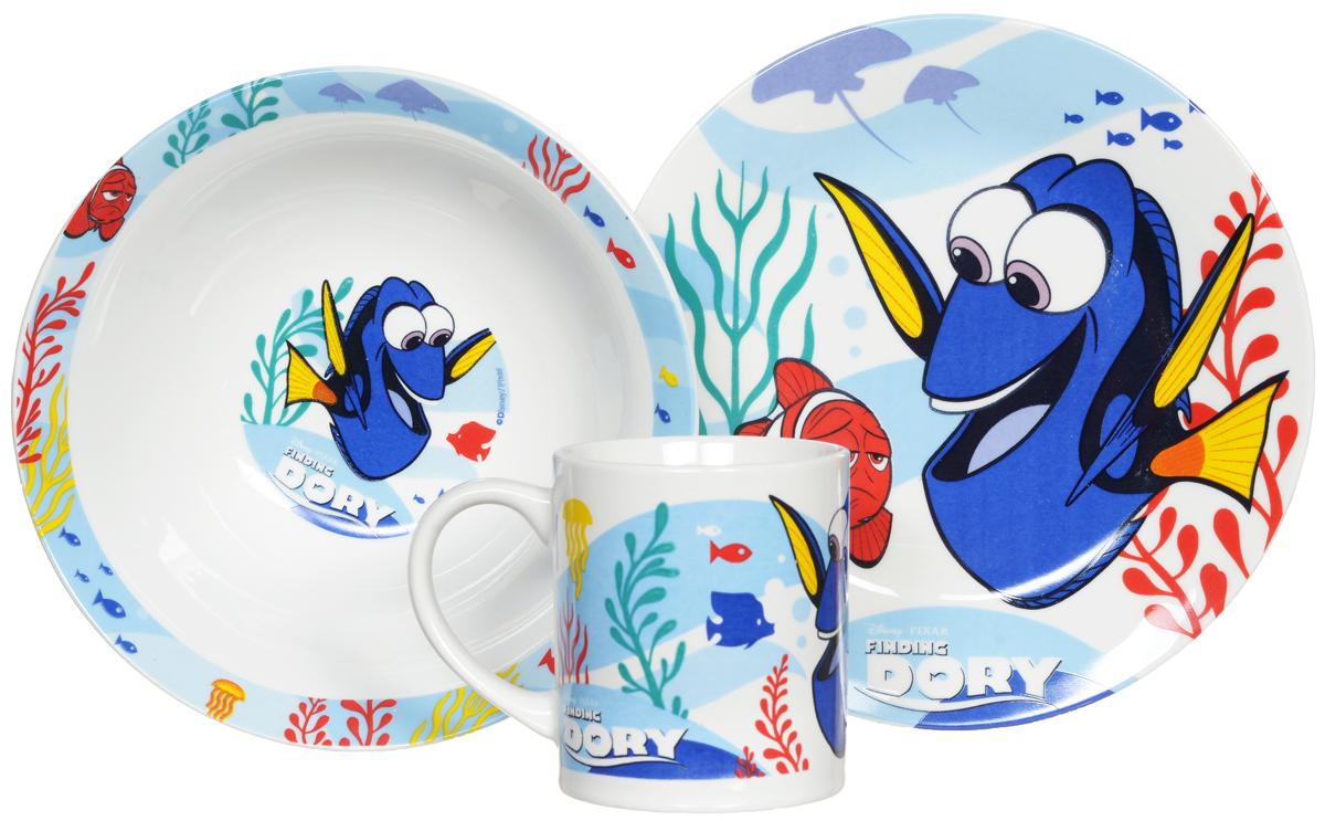 Disney Набор детской посуды В поисках Дори 3 предмета46365Набор детской посуды Disney В поисках Дори, выполненный из керамики, состоит из кружки, тарелки и миски. Изделия оформлены изображением героев мультфильма В поисках Дори.Материал изделий нетоксичен и безопасен для детского здоровья.Детская посуда удобна и увлекательна для вашего малыша. Привычная еда станет более вкусной и приятной, если процесс кормления сопровождать игрой и сказками о любимых героях. Красочная посуда является залогом хорошего настроения и аппетита ваших детей.Можно использовать в СВЧ-печи и посудомоечной машине.