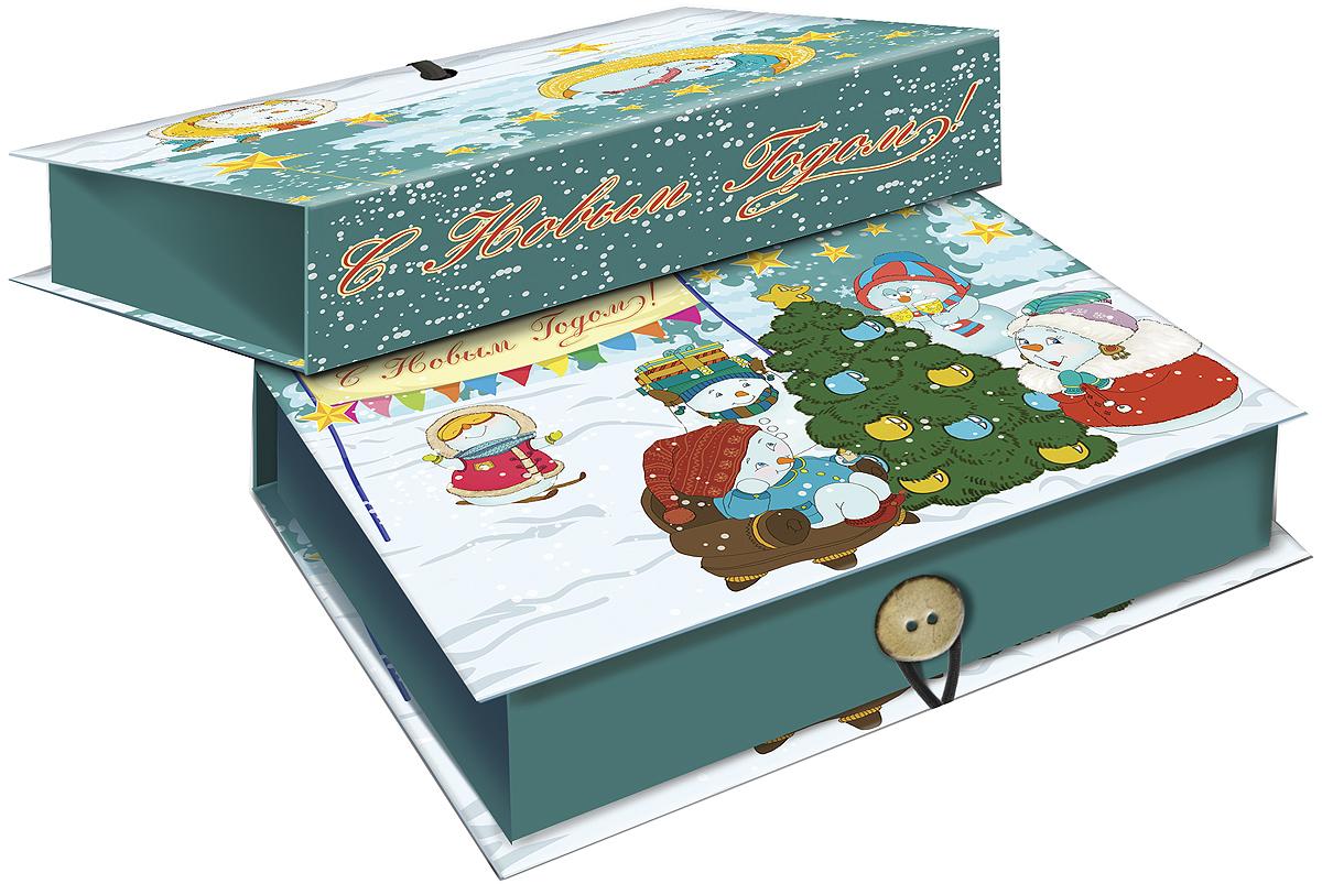 Коробка подарочная Magic Time Снеговики с елочкой, 20 х 14 х 6. 3925239252Подарочная коробка Magic Time Снеговики с елочкой, выполненная из мелованного, ламинированного картона, закрывается на пуговицу. Крышка оформлена декоративным рисунком.Подарочная коробка - это наилучшее решение, если вы хотите порадовать ваших близких и создать праздничное настроение, ведь подарок, преподнесенный в оригинальной упаковке, всегда будет самым эффектным и запоминающимся. Окружите близких людей вниманием и заботой, вручив презент в нарядном, праздничном оформлении.Плотность картона: 1100 г/м2.