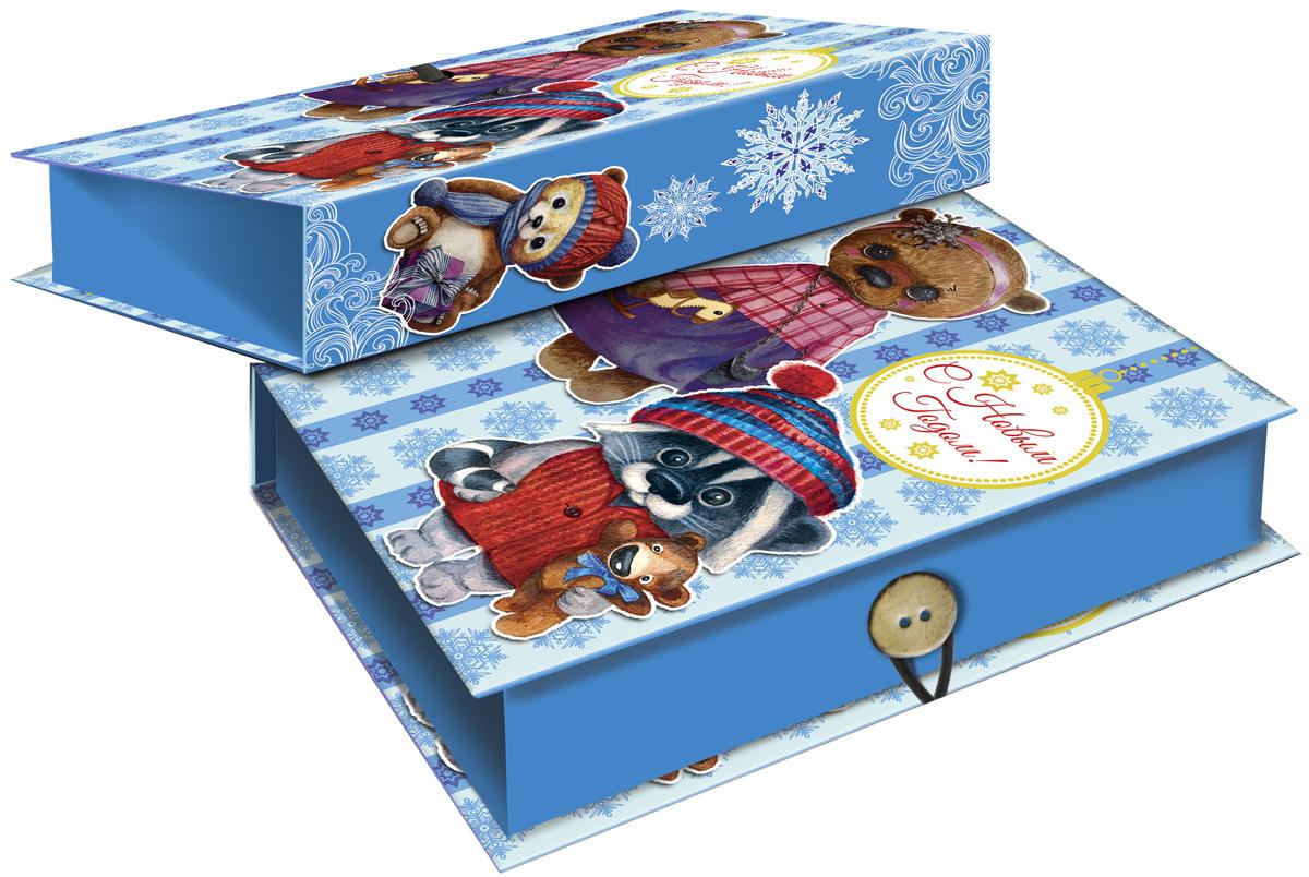 Коробка подарочная Magic Time Милые игрушки, 18 х 12 х 5 см. 4177641776Подарочная коробка Magic Time Милые игрушки, выполненная из мелованного, ламинированного картона, закрывается на пуговицу. Крышка оформлена декоративным рисунком.Подарочная коробка - это наилучшее решение, если вы хотите порадовать ваших близких и создать праздничное настроение, ведь подарок, преподнесенный в оригинальной упаковке, всегда будет самым эффектным и запоминающимся. Окружите близких людей вниманием и заботой, вручив презент в нарядном, праздничном оформлении.Плотность картона: 1100 г/м2.