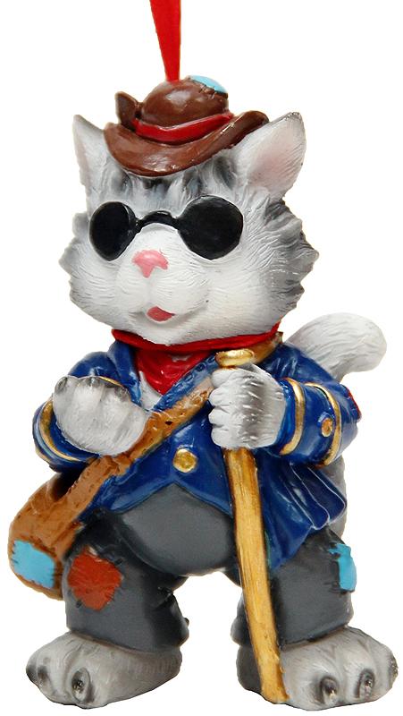 Украшение новогоднее подвесное Феникс-Презент Кот Базилио, высота 7,8 см42164Новогоднее подвесное украшение Феникс-Презент Кот Базилио выполнено из полирезина в виде кота. С помощью специальной петельки украшение можно повесить в любом понравившемся вам месте. Но, конечно, удачнее всего оно будет смотреться на праздничной елке.Елочная игрушка - символ Нового года. Она несет в себе волшебство и красоту праздника. Создайте в своем доме атмосферу веселья и радости, украшая новогоднюю елку нарядными игрушками, которые будут из года в год накапливать теплоту воспоминаний.