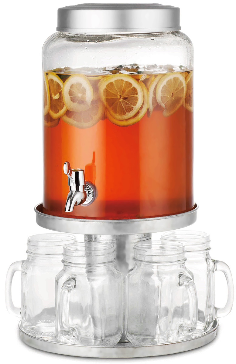 Диспенсер для напитков SinoGlass, с 6 стаканами98460000Диспенсер для напитков SinoGlass выполнен из высококачественного металла и стекла. Такой диспенсер предназначен для подачи холодных напитков. Он оснащен металлическим краником для более удобного разлива напитков. В комплект входят 6 стеклянных стаканов, которые оснащены удобной ручкой, а их горлышко оформлено в виде резьбы. Стаканы снабжены металлическими крышками. Диспенсер и стаканы подаются вместе на металлической подставке. Оригинальный дизайн диспенсера позволит украсить любую кухню, внеся разнообразие, как в строгий классический стиль, так и в современный кухонный интерьер.Объем диспенсера: 8,5 л.Диаметр диспенсера (по верхнему краю): 15,5 см.Высота диспенсера: 29 см.Объем стакана: 550 мл.Диаметр стакана (по верхнему краю): 6 см. Высота стакана: 13,5 см.Размер подставки: 26 х 26 х 17,5 см.