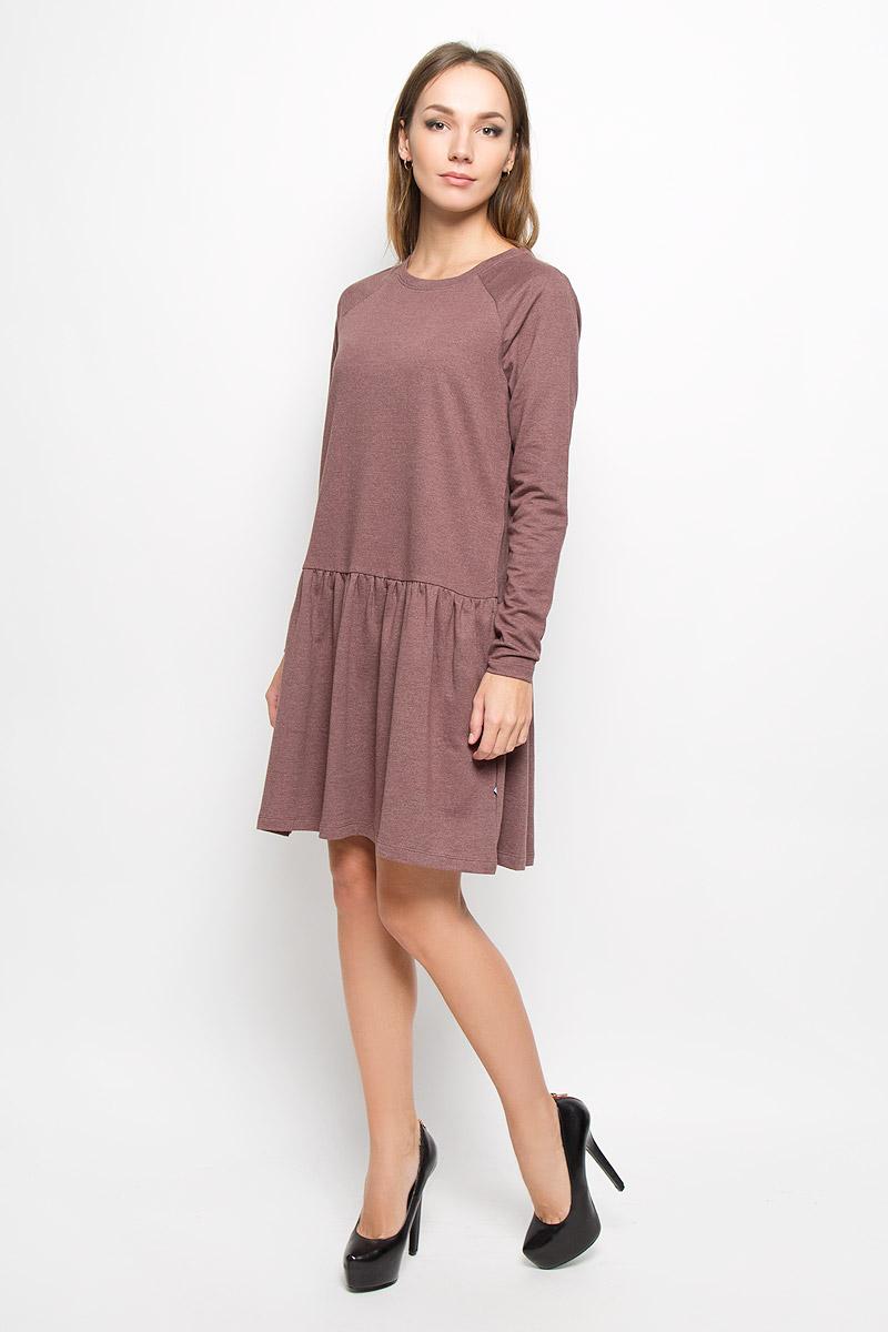 Платье Vero Moda, цвет: какао. 10162871. Размер S (42)10162871_Decadent ChocolateТеплое платье Vero Moda выполнено из высококачественного хлопка с добавлением полиэстера. Такое платье обеспечит вам комфорт и удобство при носке и непременно вызовет восхищение у окружающих.Модель до колена с длинными рукавами-реглан и с круглым вырезом горловины выгодно подчеркнет все достоинства вашей фигуры. От линии талии заложены частые складочки, которые придают изделию воздушность, дополнена модель двумя боковыми карманами. Вырез горловины дополнен манжетной резинкой. Изысканное платье-миди создаст обворожительный и неповторимый образ.Это модное и комфортное платье станет превосходным дополнением к вашему гардеробу, оно подарит вам удобство и поможет подчеркнуть ваш вкус и неповторимый стиль.