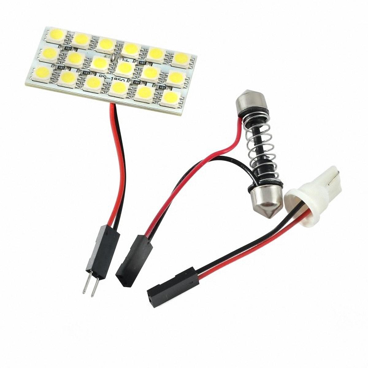 Skyway Панель светодиодная 18 SMD диодов Белая. SCX-1850SCX-1850Светодиодные панели имеют значительно больший срок службы, потребляют намного меньше электроэнергии и выдают свет значительно мягче и ровнее, чем те же люминесцентные лампы, не говоря уже о лампах накаливания.Они очень удобны, легко вставляются и достаточно практичны.