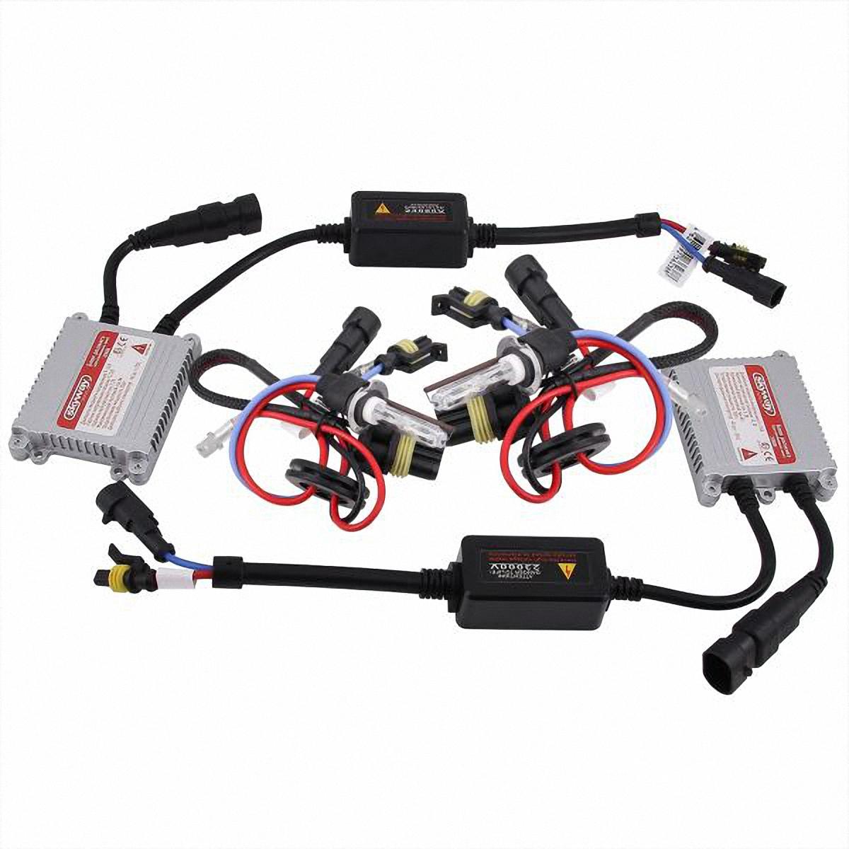 Лампа автомобильная Skyway, ксенон, цоколь H3, 35 Вт, 12 В, 2 шт. SH3 6000K D13 12V35WSH3 6000K D13 12V35WЛампы автомобильные Skyway - комплект ксеноновых ламп с блоком розжига. Цоколь Н3 применяется для противотуманных фар. Автолампа ксенон Skyway устойчива к тряскам, имеет продолжительный срок эксплуатации. За счет лучшегоосвещениядорожной разметки и дорожных знаков, вы будите чувствовать себяуверенно в плохих погодных условиях и в темное время суток. А мягкий белый свет лампы не ослепляет водителей встречного потока автомобилей.Цветовая температура: 6000 К. Яркость: 3200 Лм. Тип цоколя: Н3. Диапазон входного напряжения: 9-16 В. Потребляемая мощность: 35 Вт.Комплектация:Лампа газоразрядная ксеноновая - 2 шт.Блок розжига - 2 шт.Винты для блока розжига - 6шт.Гарантийный талон - 1 шт.Инструкция - 1 шт.