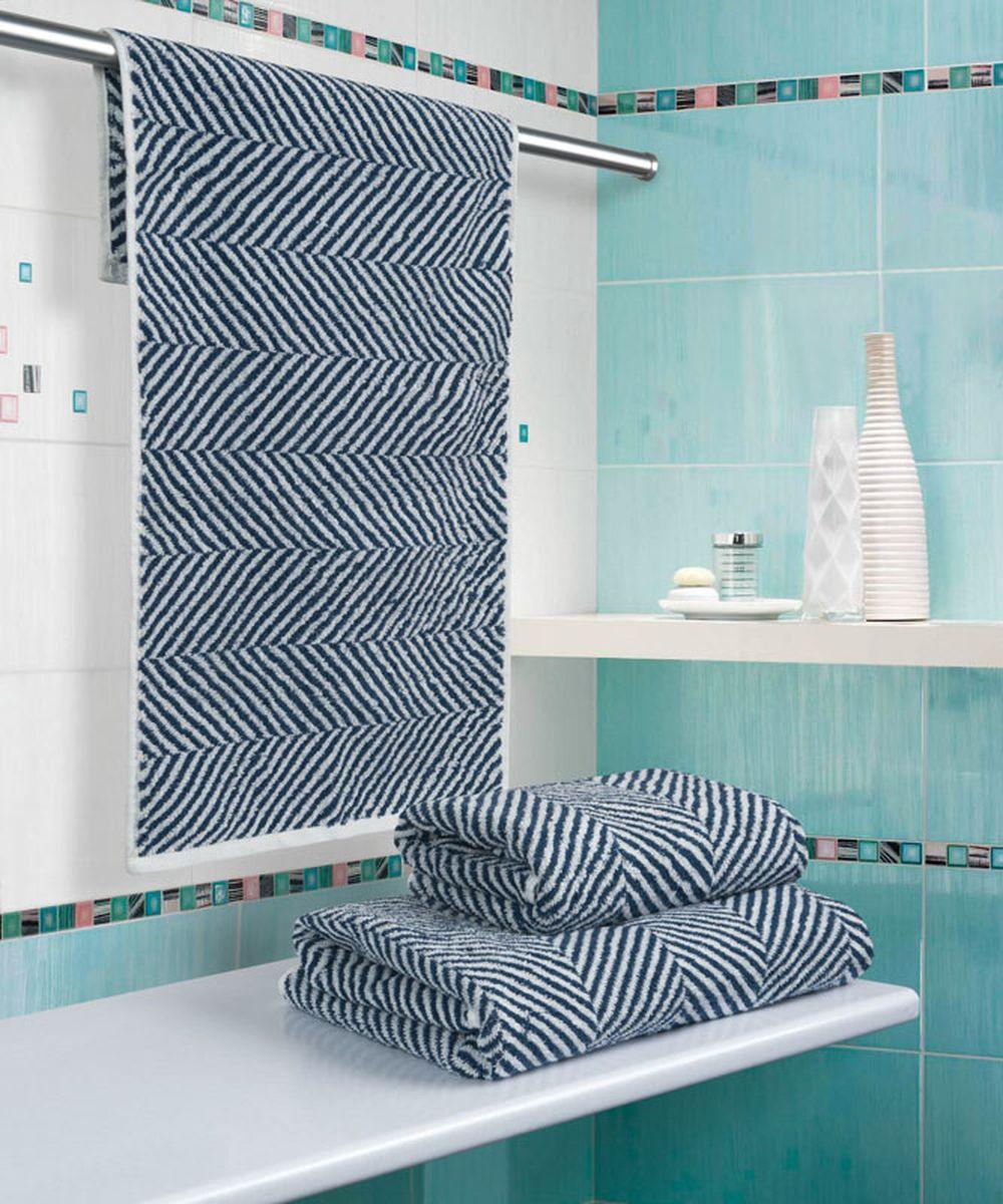 """При производстве полотенца Guten Morgen """"Водопад"""" используется сырье самого высокого качества: безопасные красители и 100% хлопок. Полотенца - это просто необходимый атрибут каждой ванной комнаты в любом доме. Полотенца Guten Morgen отлично впитывают влагу, комфортны для кожи, не содержат аллергенных красителей, имеют стойкий к стирке цвет. Состав: 100% хлопок;  Размер: 70 х 130 см."""