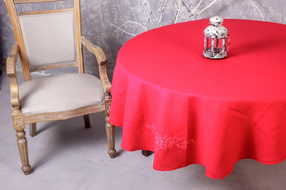 Скатерть Гаврилов-Ямский Лен, овальная, с вышивкой, цвет: красный, 150 x 180 см. 10со612810со6128Классическая овальная скатерть из натурального льна с вышивкой Гаврилов-Ямский Лен - станет нарядным украшением любого стола. Лён - поистине, уникальный природный материал, экологичнее которого сложно придумать. Изделия из льна обладают уникальными потребительскими свойствами. Скатерти из натурального льна придадут вашему дому уют и тепло натурального материала.