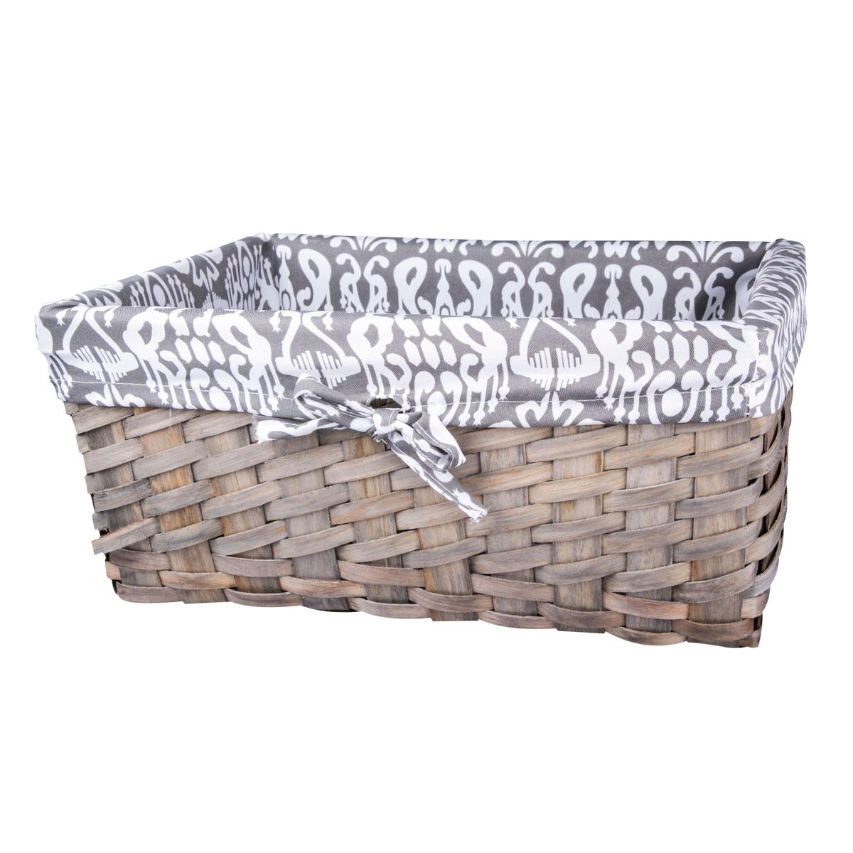 Корзина плетеная Miolla, 37 х 26 х 17 см. QL400435-LQL400435-LЛучшее решение для хранения вещей - корзина для хранения Miolla. Экономьте полезное пространство своего дома, уберите ненужные вещи в удобную корзину и используйте ее для хранения дорогих сердцу вещей, которые нужно сберечь в целости и сохранности.Корзина изготовлена из дерева. Специальные отверстия на стенках создают идеальные условия для проветривания. Размер корзины: 37 х 26 х 17 см.