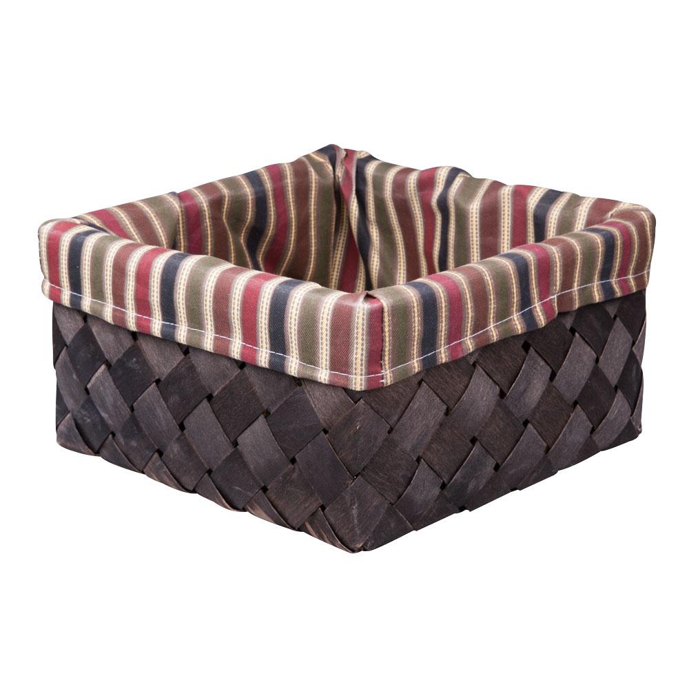 """Вместительная плетеная корзина для хранения """"Miolla"""" - отличное решение для хранения ваших вещей. Корзина выполнена из дерева и дополнена текстилем с принтом в полоску. Подходит для хранения бытовых вещей, аксессуаров для рукоделия и других вещей дома и на даче. Экономьте полезное пространство своего дома, уберите ненужные вещи в удобную корзину и используйте ее для хранения дорогих сердцу вещей, которые нужно сберечь в целости и сохранности."""