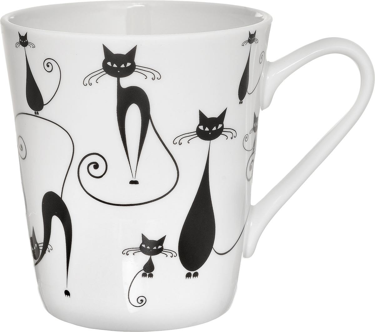 """Кружка """"Классик. Кошки"""" изготовлена из высококачественного фарфора. Внешние стенки изделия оформлены изображением кошек. Такая кружка прекрасно подойдет для горячих и холодных напитков. Она дополнит коллекцию вашей кухонной посуды и будет служить долгие годы. Диаметр кружки (по верхнему краю): 8,5 см.Диаметр основания: 6 см.Высота кружки: 9,2 см."""