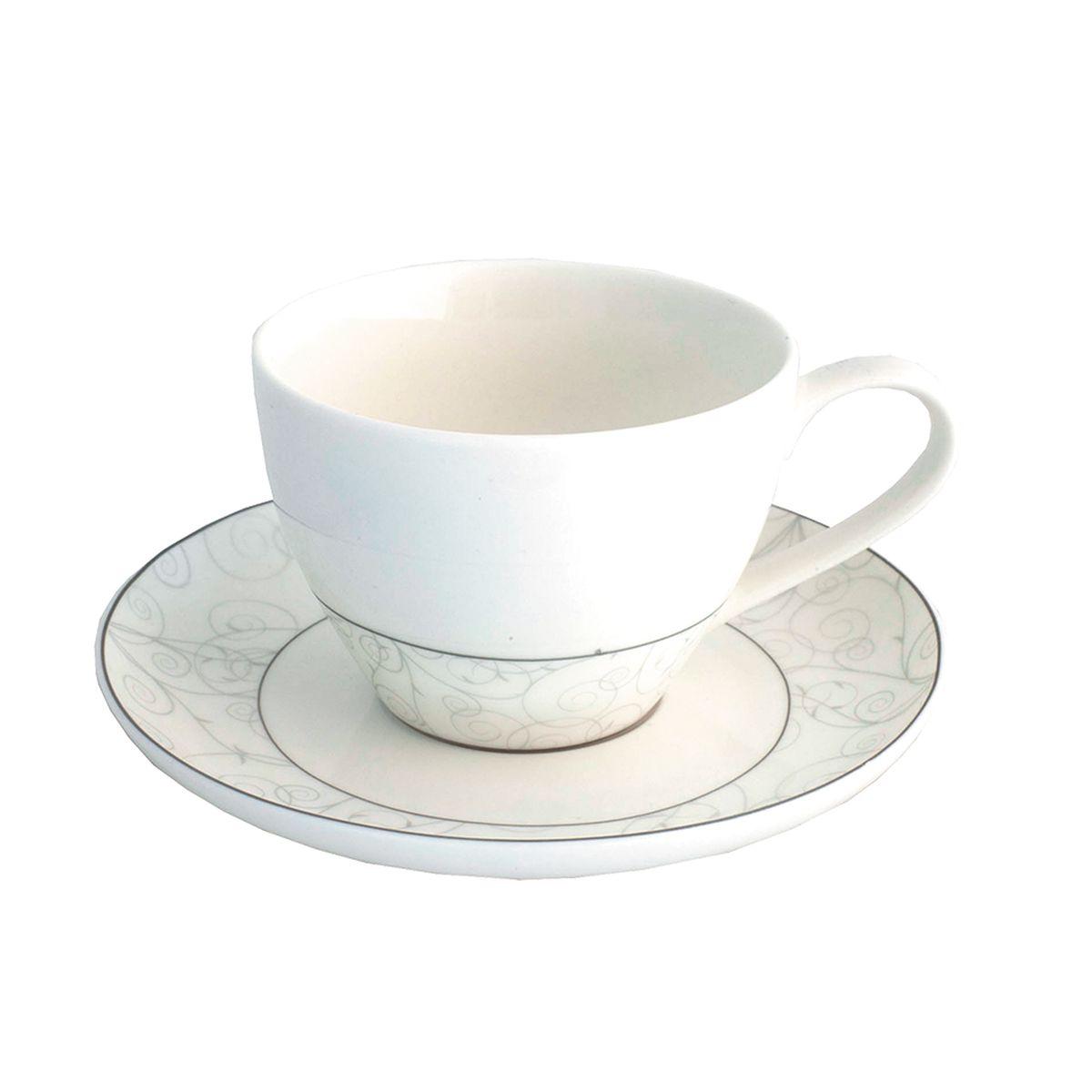 Набор чайный Esprado Florestina, 12 предметовFLO031SE304Чайный набор Esprado Florestina состоит из шести чашек и шести блюдец, изготовленных из высококачественного костяного фарфора. Над созданием дизайна коллекций посуды из фарфора Esprado работает международная команда высококлассных дизайнеров, не только воплощающих в жизнь все новейшие тренды, но также и придерживающихся многовековых традиций при создании классических коллекций. Посуда из костяного фарфора будет идеальным выбором, для тех, кто предпочитает красивую современную посуду из высококачественного материала, которая отличается высокой прочностью и подходит для ежедневного использования. Сдержанный блеск серебра в сочетании с утонченными узорами на идеальном фоне из высококачественного костяного фарфора - европейская изысканность коллекции Florestina даже самый обычный ужин превратит в праздник!Можно использовать в микроволновки печи и мыть в посудомоечной машине.