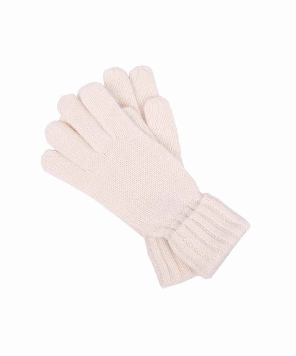 Перчатки для девочки Gulliver, цвет: молочный. 21606GKC7601. Размер 1421606GKC7601Детские перчатки - вещь для зимы совершенно необходимая! Мягкие вязаные перчатки защитят нежную кожу ребенка, создав уют и комфорт. Если вы хотите купить перчатки, обратите внимание на эту модель. Прекрасный состав пряжи делает их мягкими, теплыми и элегантными.