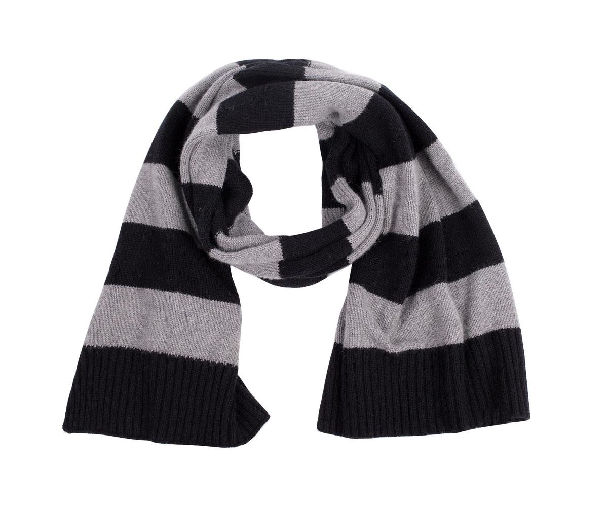 Шарф для девочки Gulliver, цвет: серый, черный. 21609GTC7501. Размер универсальный21609GTC7501Шарф для девочки-подростка - важный и нужный аксессуар для тепла, уюта и комфорта в холодный день. Также, шарф отлично справляется с ролью последнего штриха в формировании стильного образа. Если вы хотите купить модный шарф, остановите свой выбор на этой модели. Для любителей стильных лаконичных решений, этот шарф в полоску - просто находка!